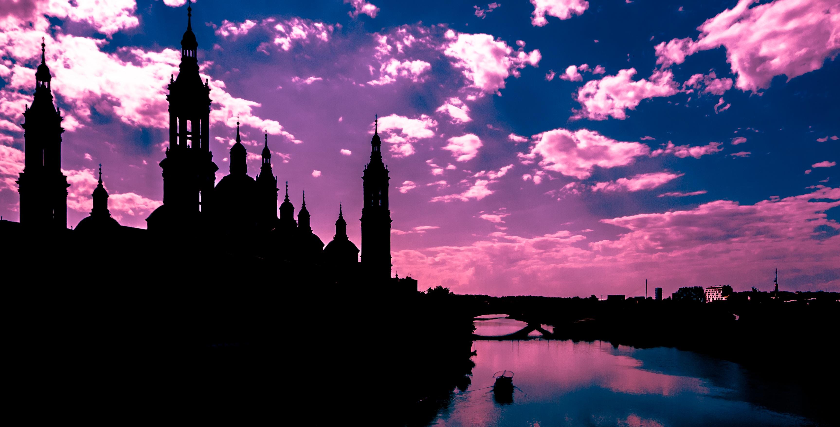 Gambar Pemandangan Awan Matahari Terbenam Kaki Langit Malam