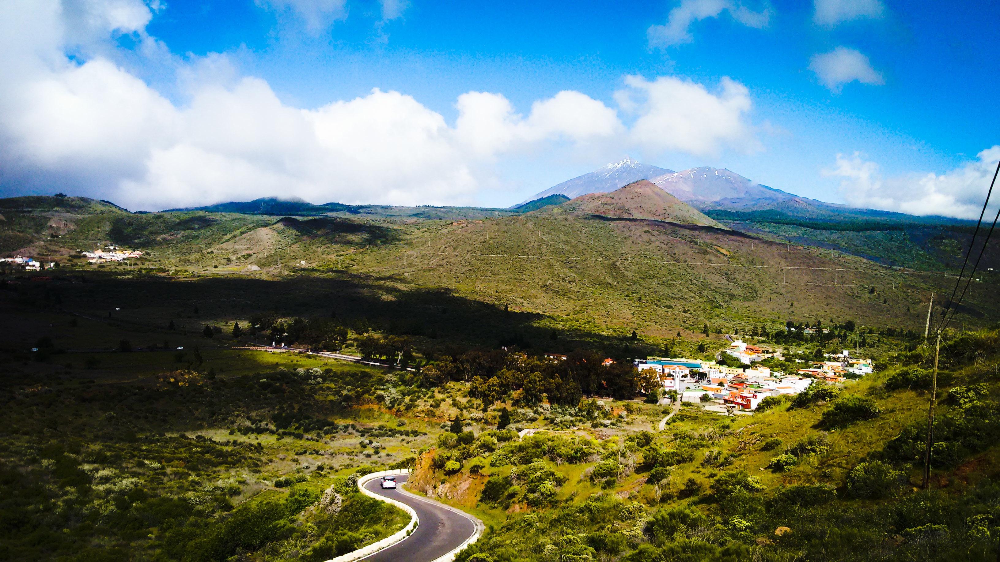 8200 pemandangan pantai dan gunung Gratis