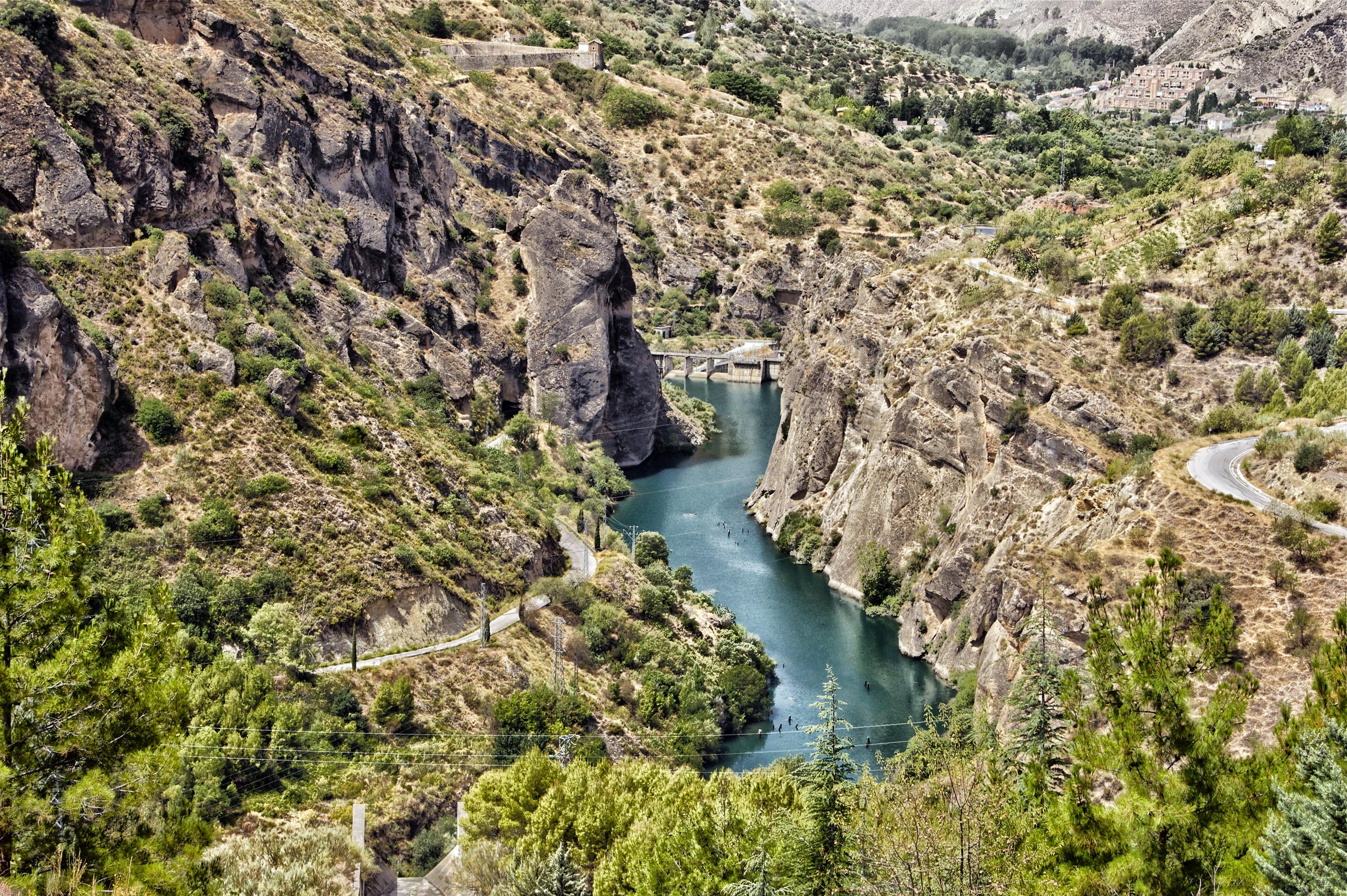 промежуточное природа реки испании фото средних цен