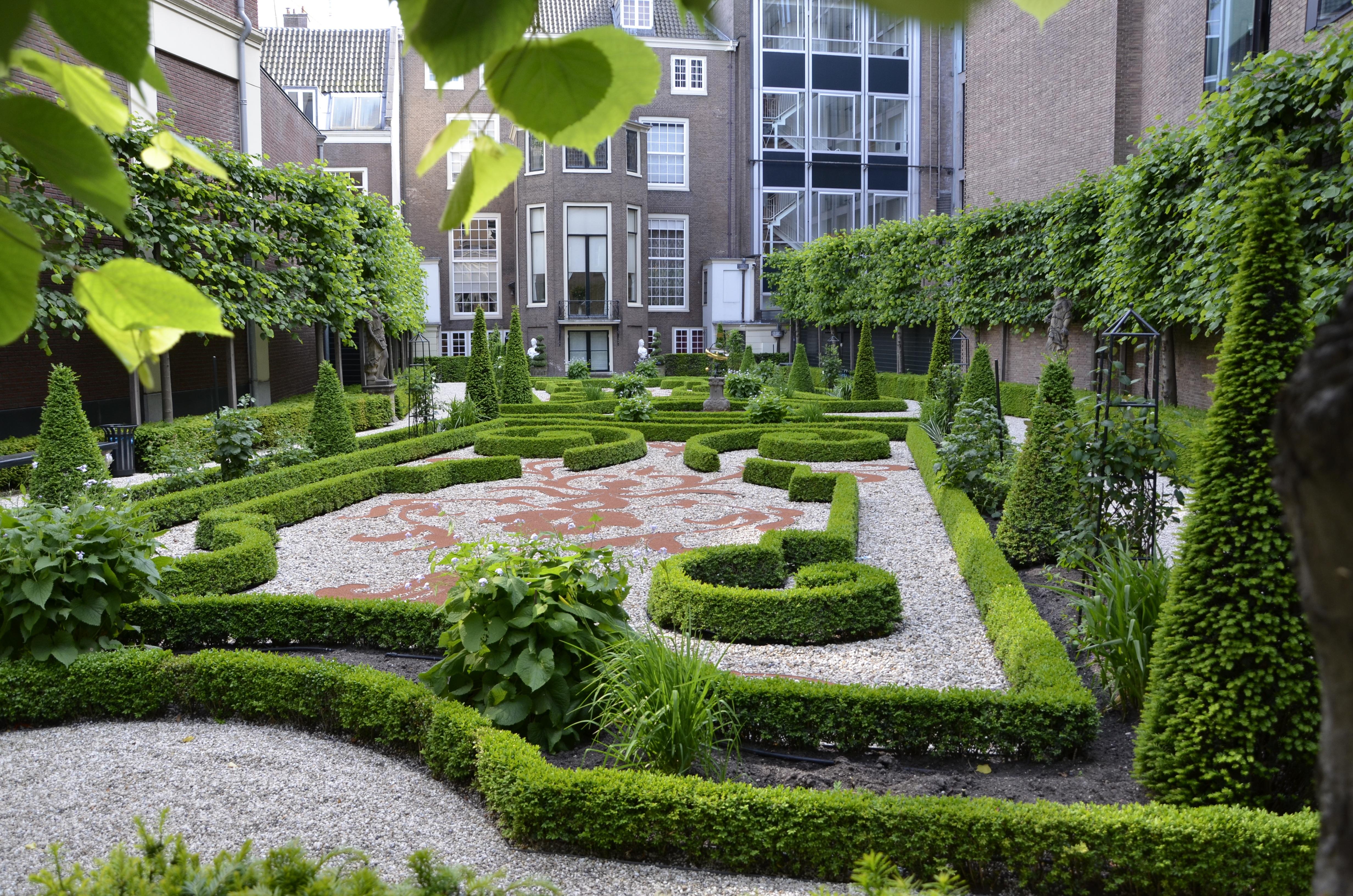 представляет собой озеленение города в картинках известным артистом