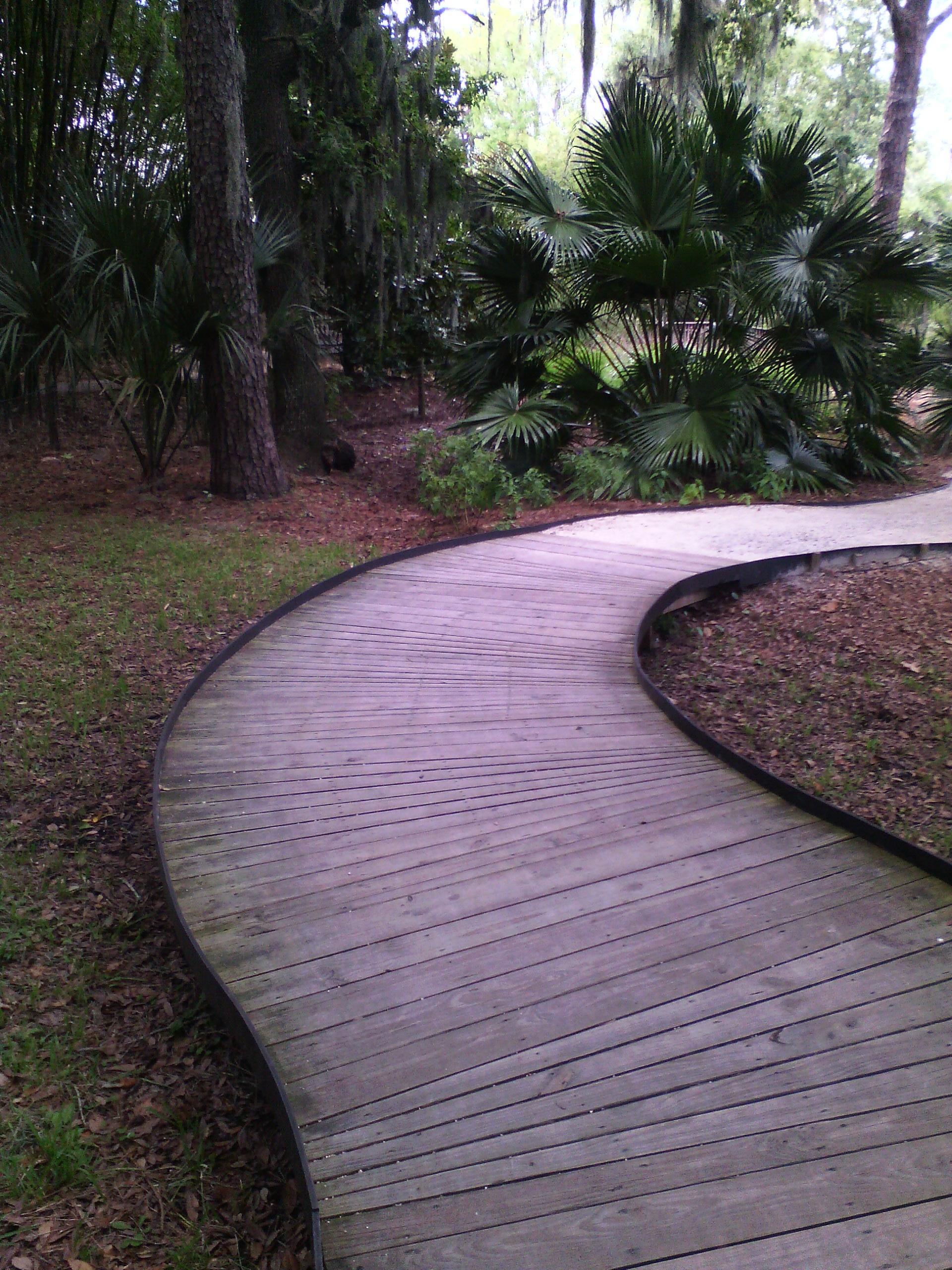 images gratuites paysage herbe pelouse trottoir passerelle arri re cour jardin. Black Bedroom Furniture Sets. Home Design Ideas