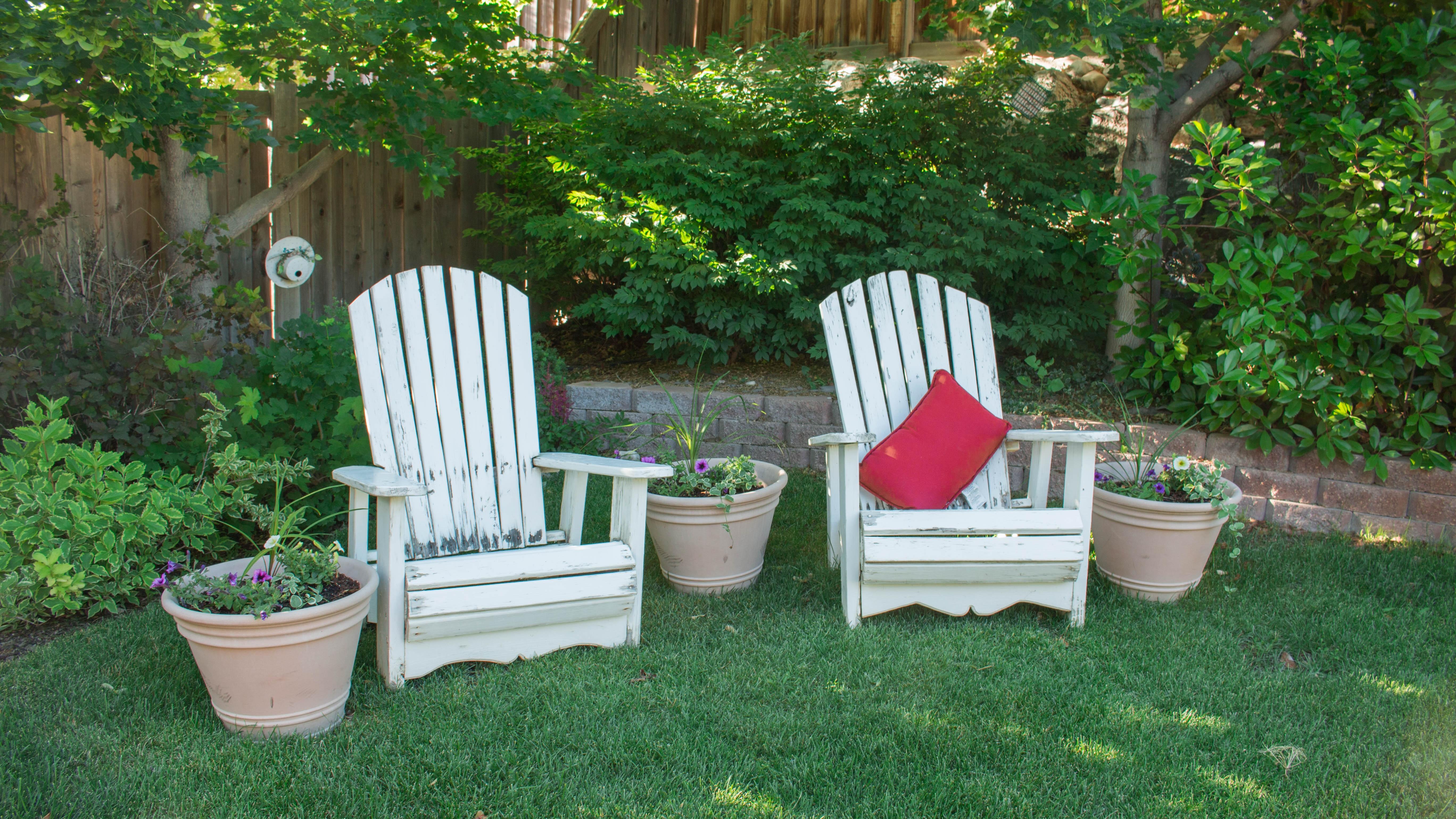 Fotos gratis : paisaje, césped, al aire libre, flor, casa, porche ...