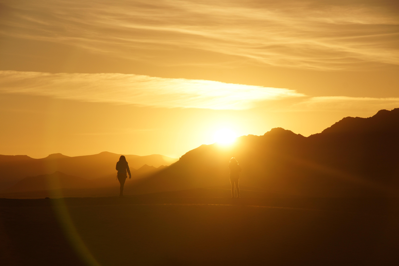 Фотографии восхода солнца в пустыне