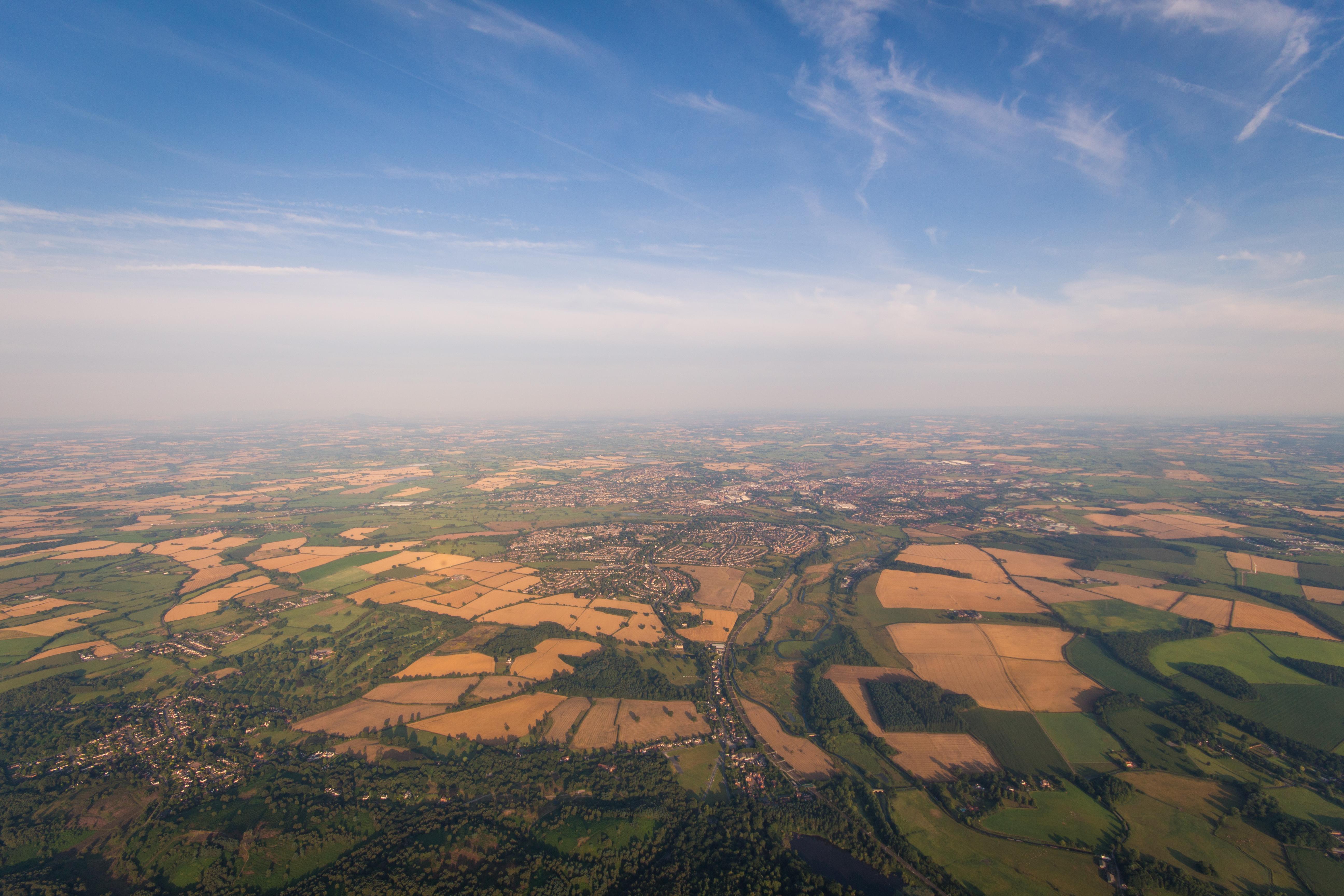картинки неба с высоты птичьего полета она очень соленая