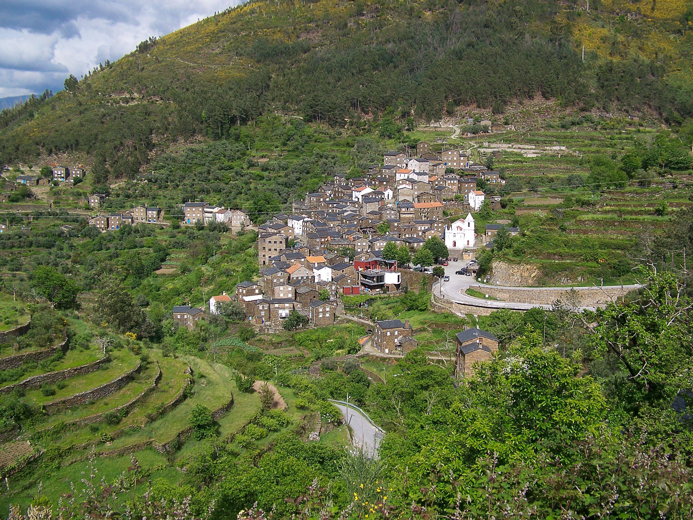 Images gratuites paysage montagne colline ville for Paysage de ville