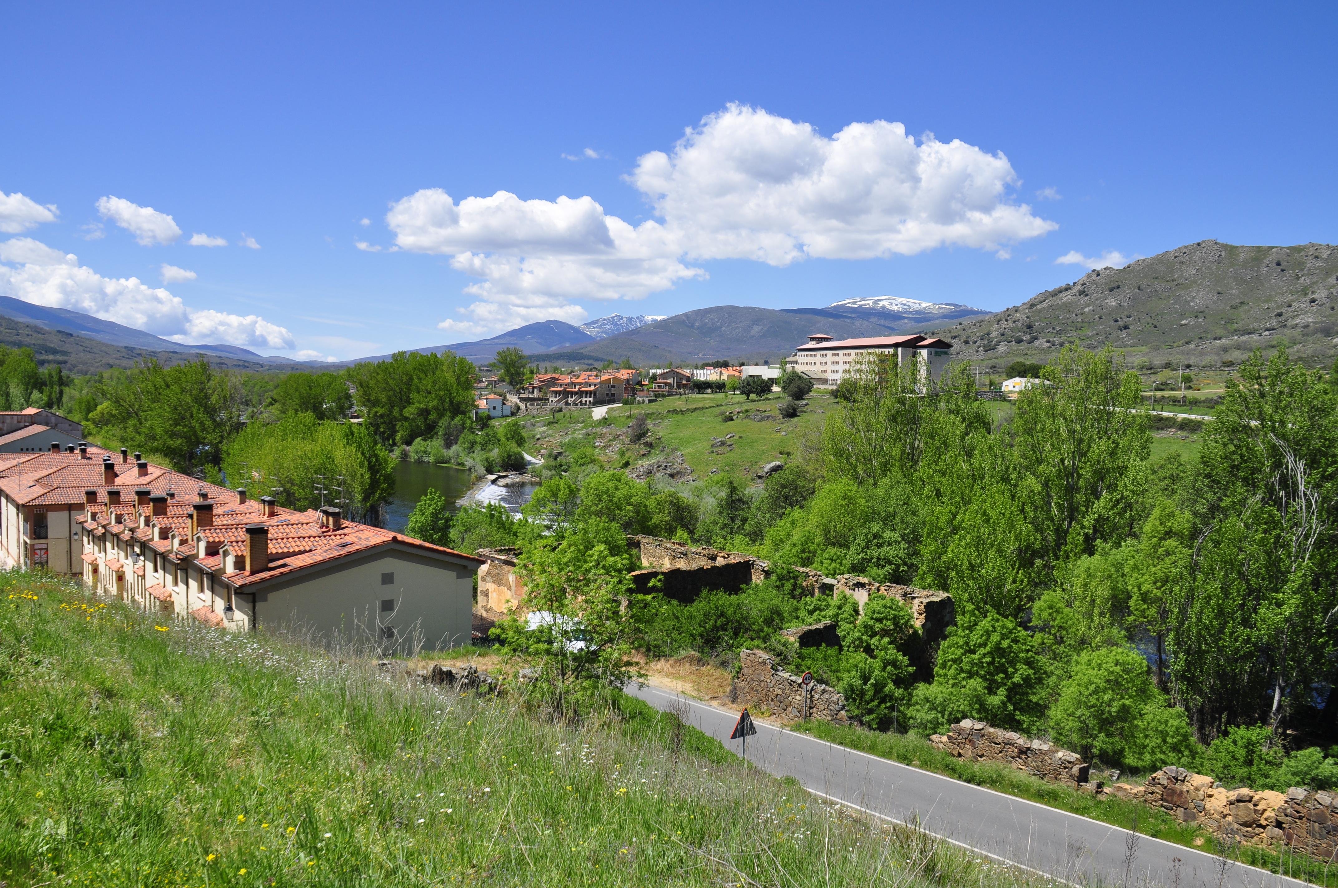 Fotos gratis paisaje monta a colina pueblo valle cordillera propiedad espa a delaware - Bienes raices espana ...