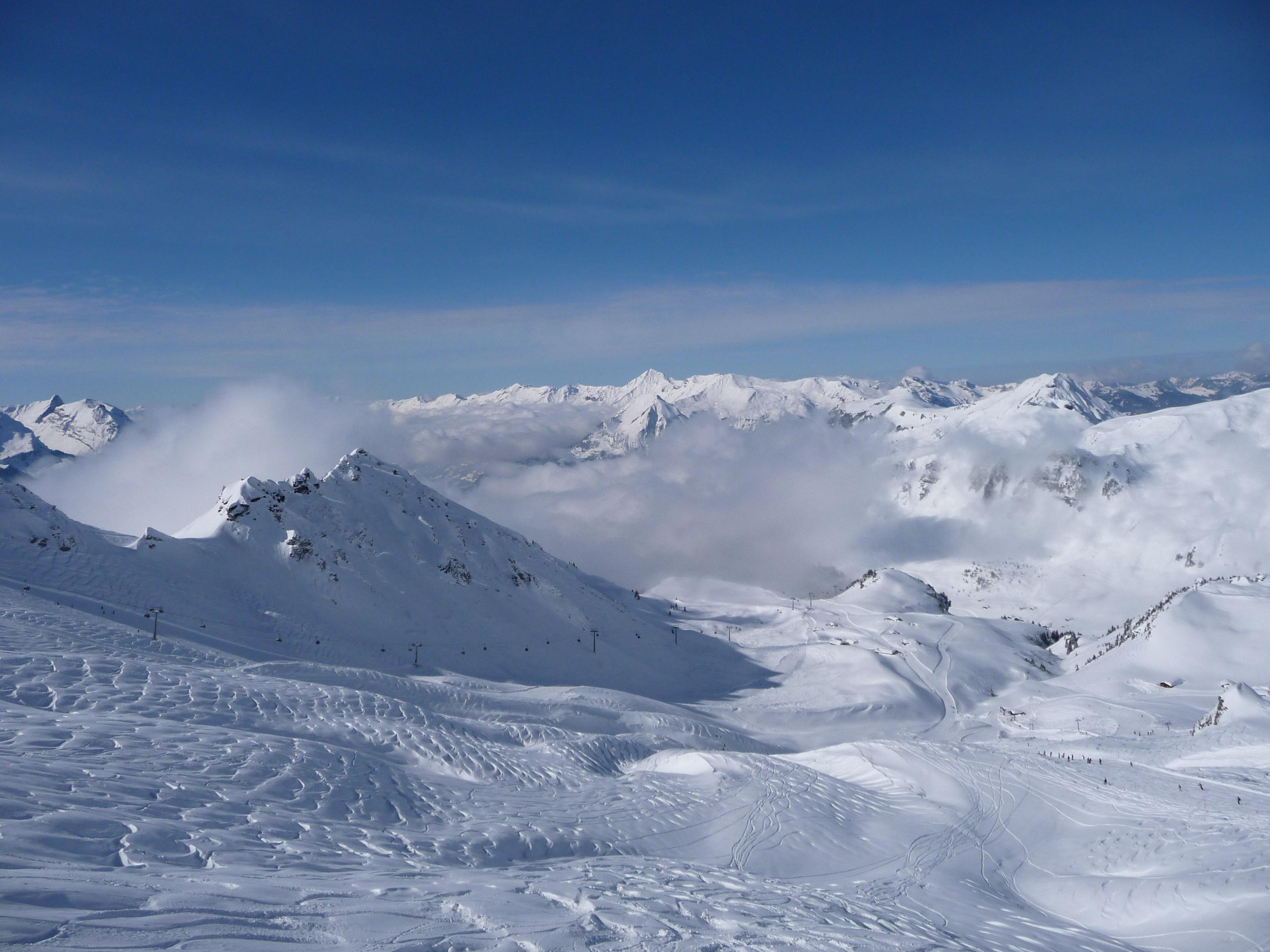 hình ảnh : phong cảnh, mùa đông, dãy núi, Thời tiết, Bắc cực, Trượt tuyết, Mùa, cây rơm, Thượng đỉnh, thiết bị thể thao, thể thao mùa đông, phương sách, ...