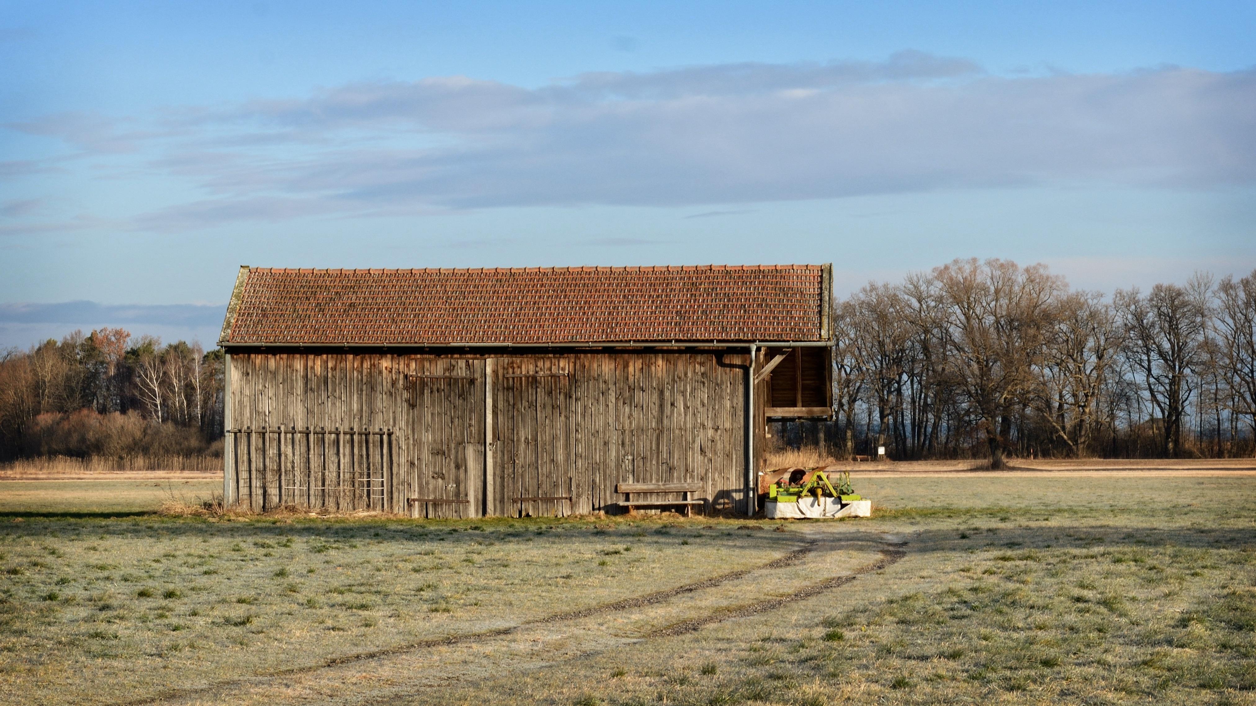 Gratis afbeeldingen landschap natuur architectuur hout veld farm weide huis gebouw - Verlenging hout oud huis ...