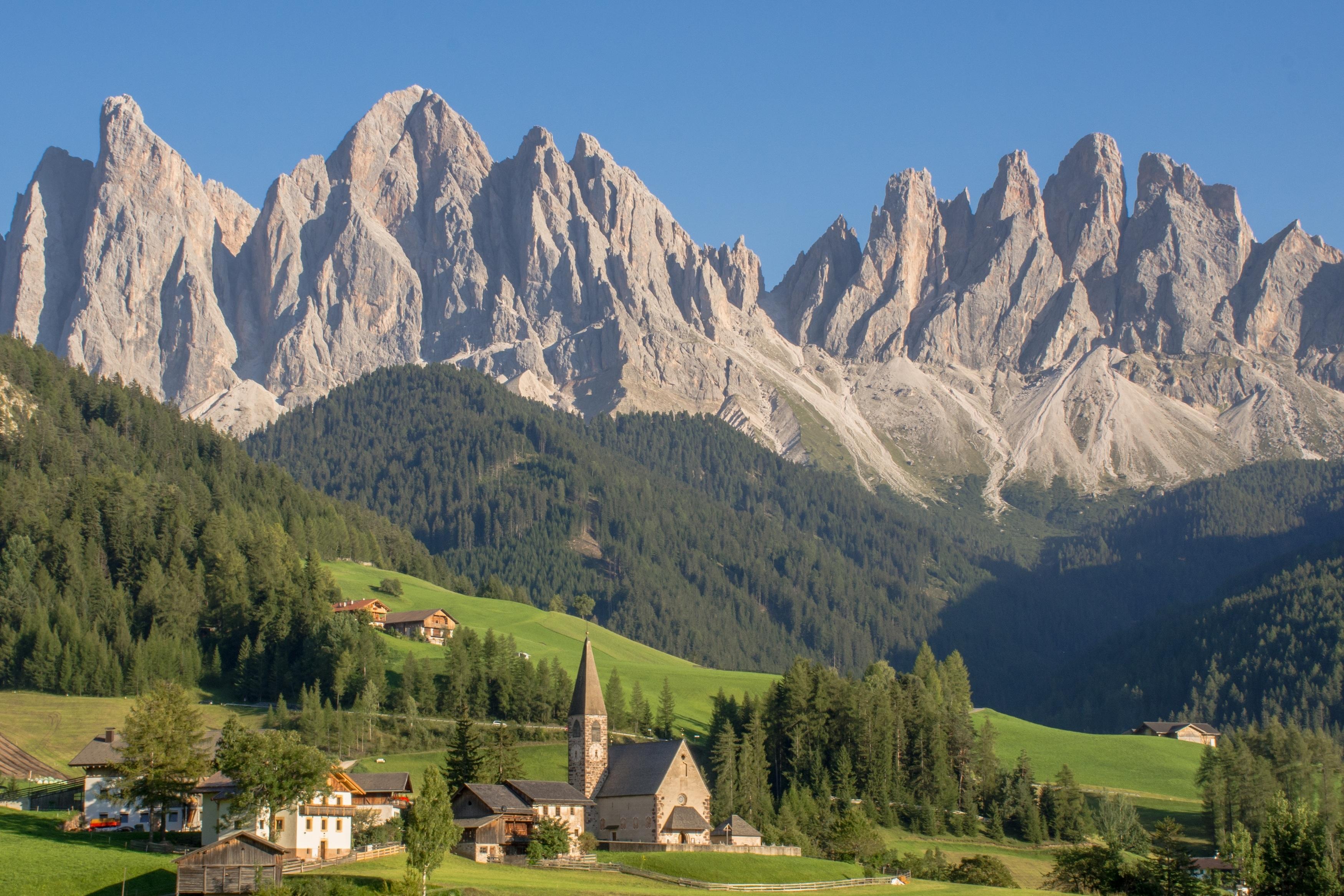 горы доломиты в италии тонкое термобелье