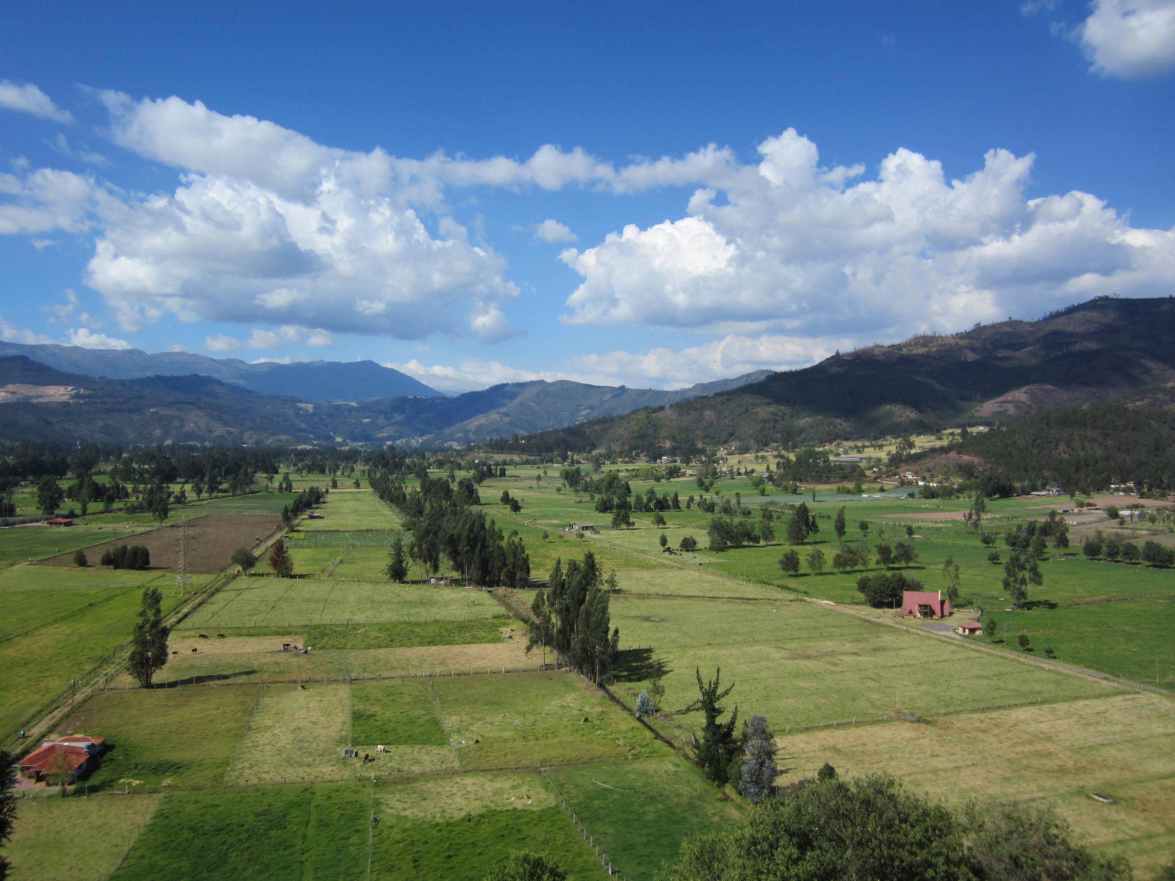 Gambar Pemandangan Horison Gunung Langit Bidang Tanah