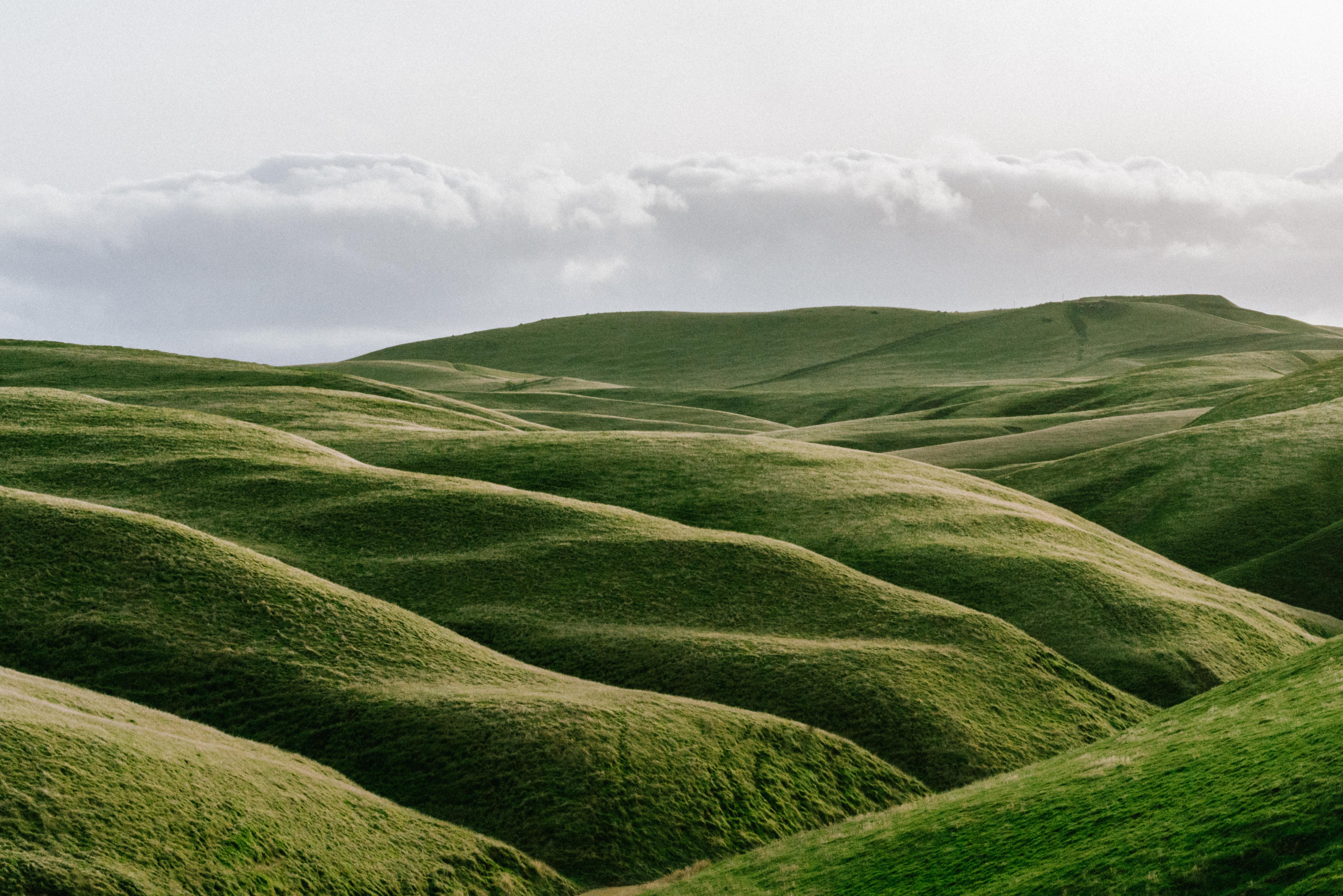 Холмистая долина картинки