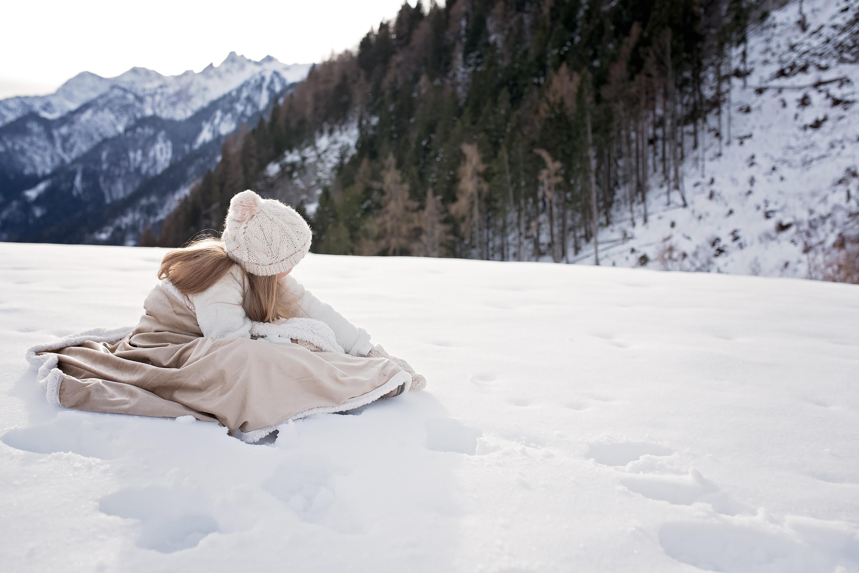 картинка зима снег человек страха