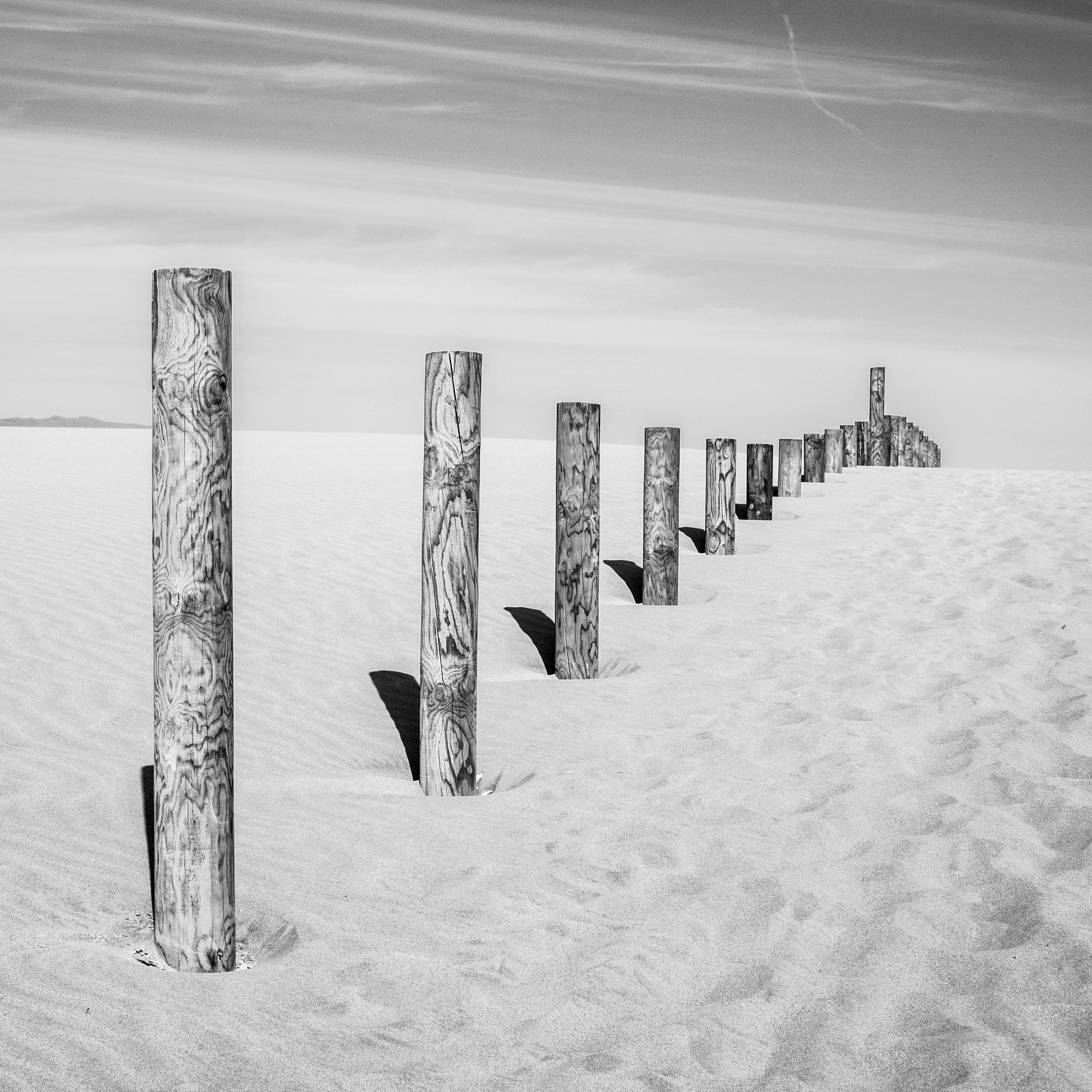 Gambar Pemandangan Alam Bayangan Hitam Musim Dingin