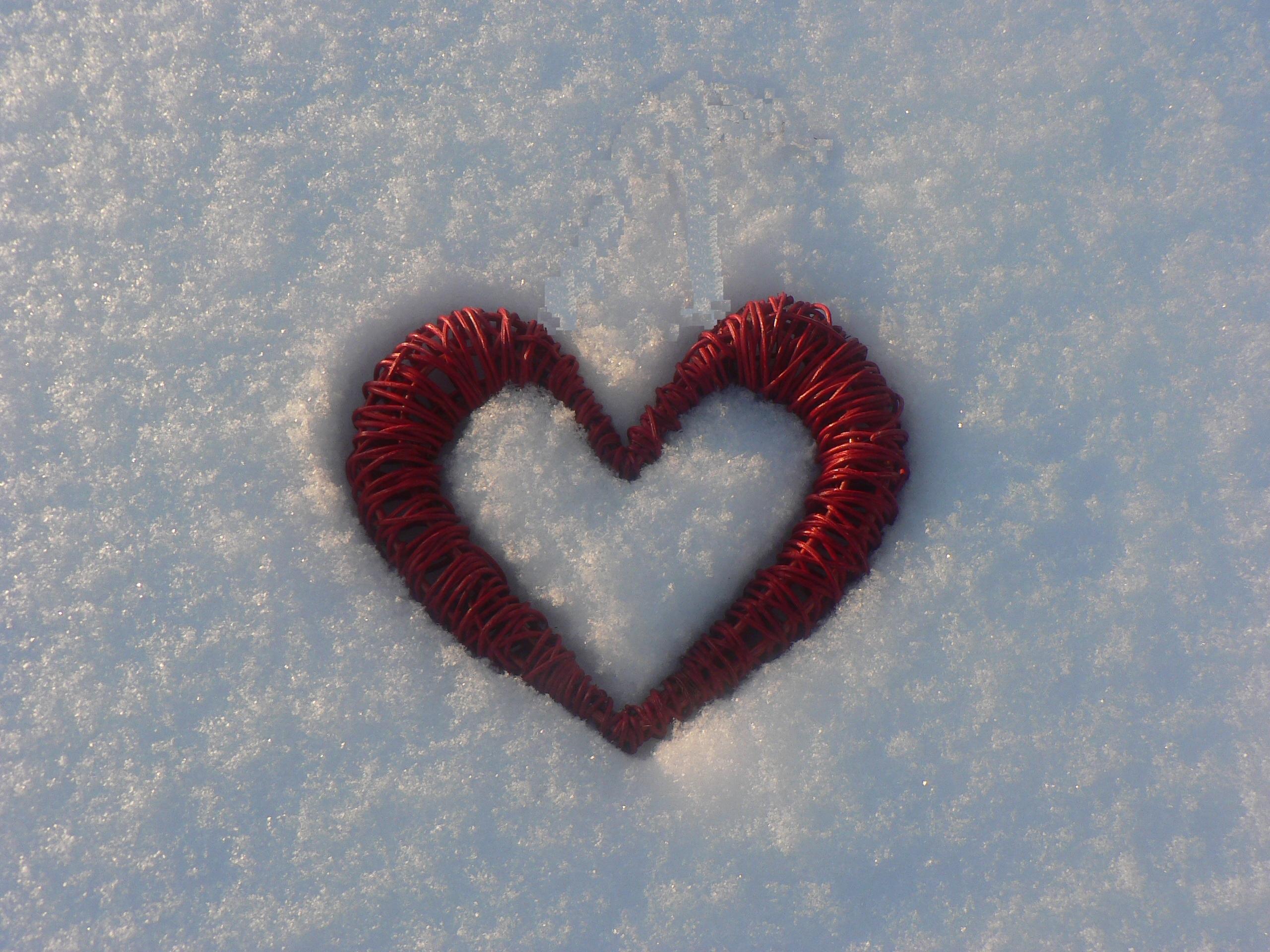 картинки сердце на снегу печать фото
