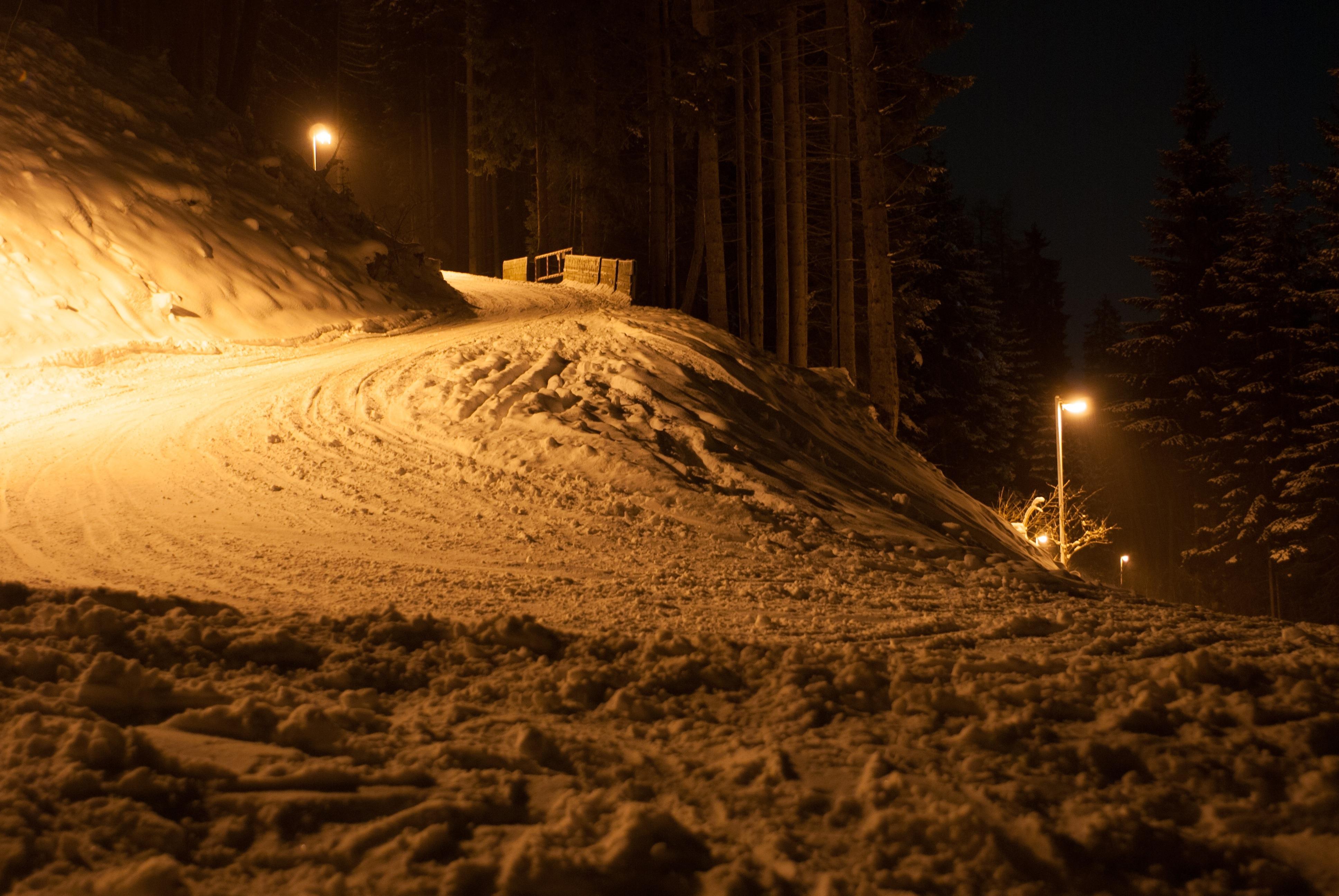 Kostenlose foto : Landschaft, Natur, Schnee, Winter, Licht, Straße ...