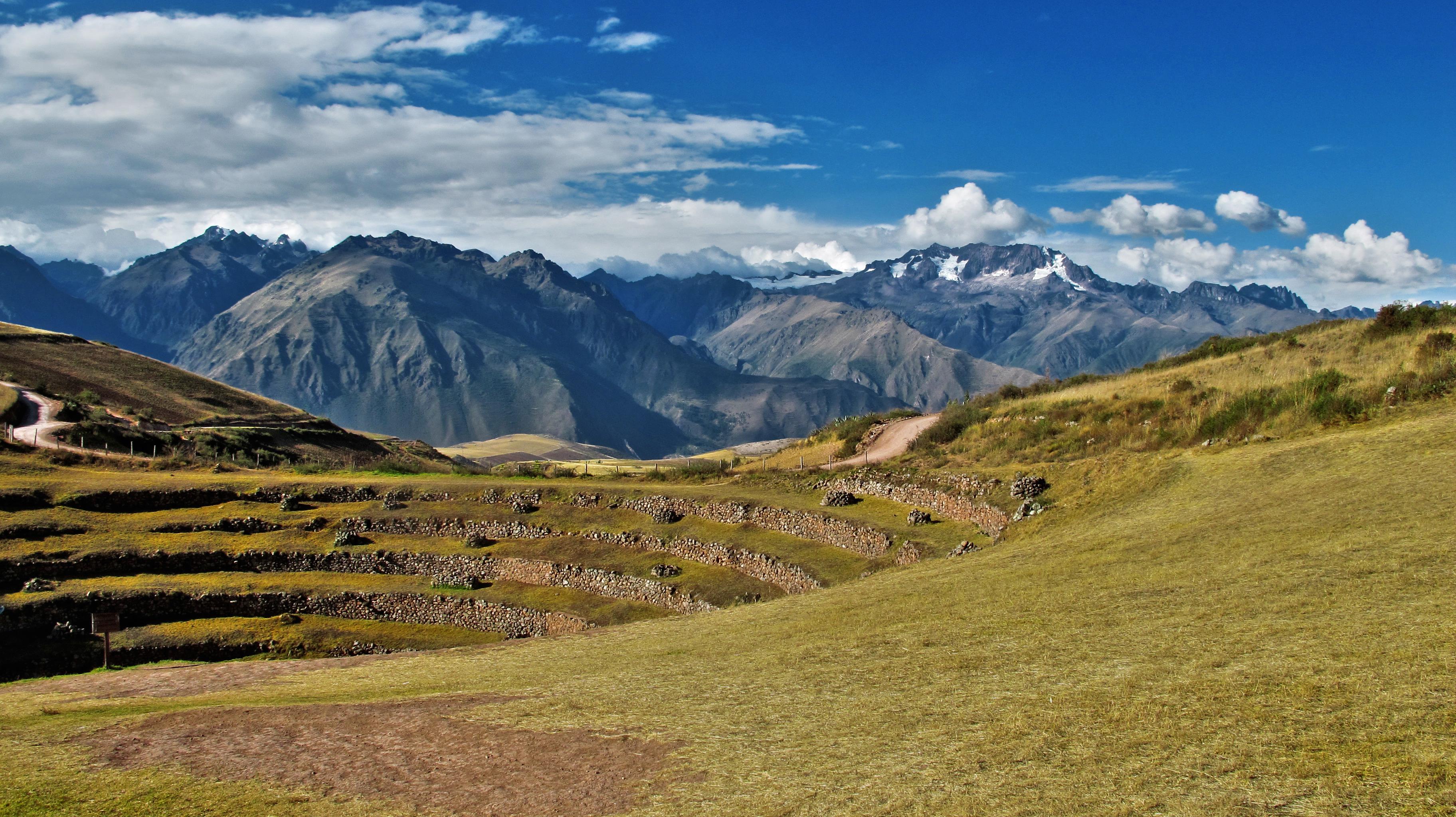 чтобы картинка горы или холмах требуется умение применить