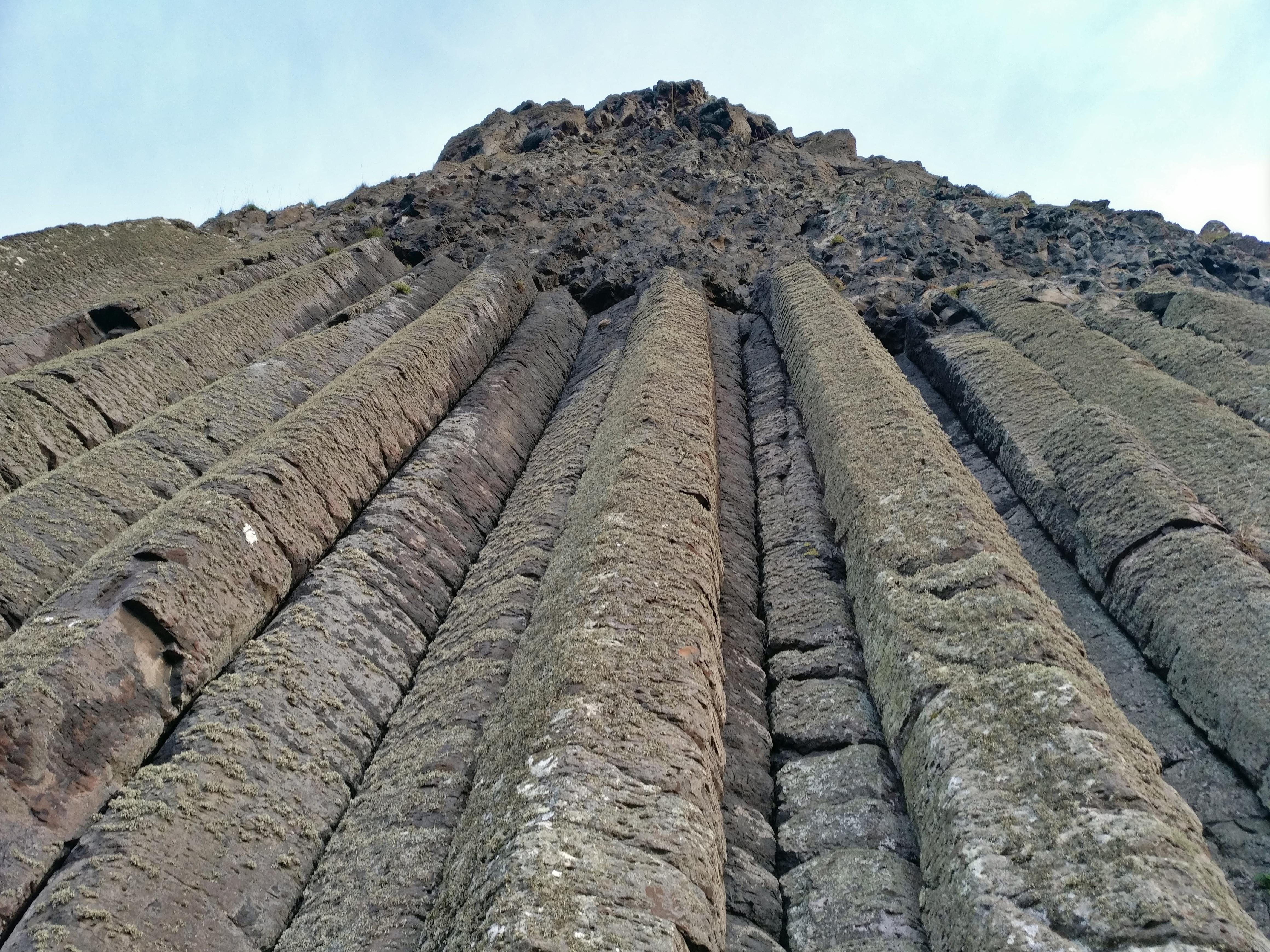 трудно представить, базальт фото камня сердца замке выглядят