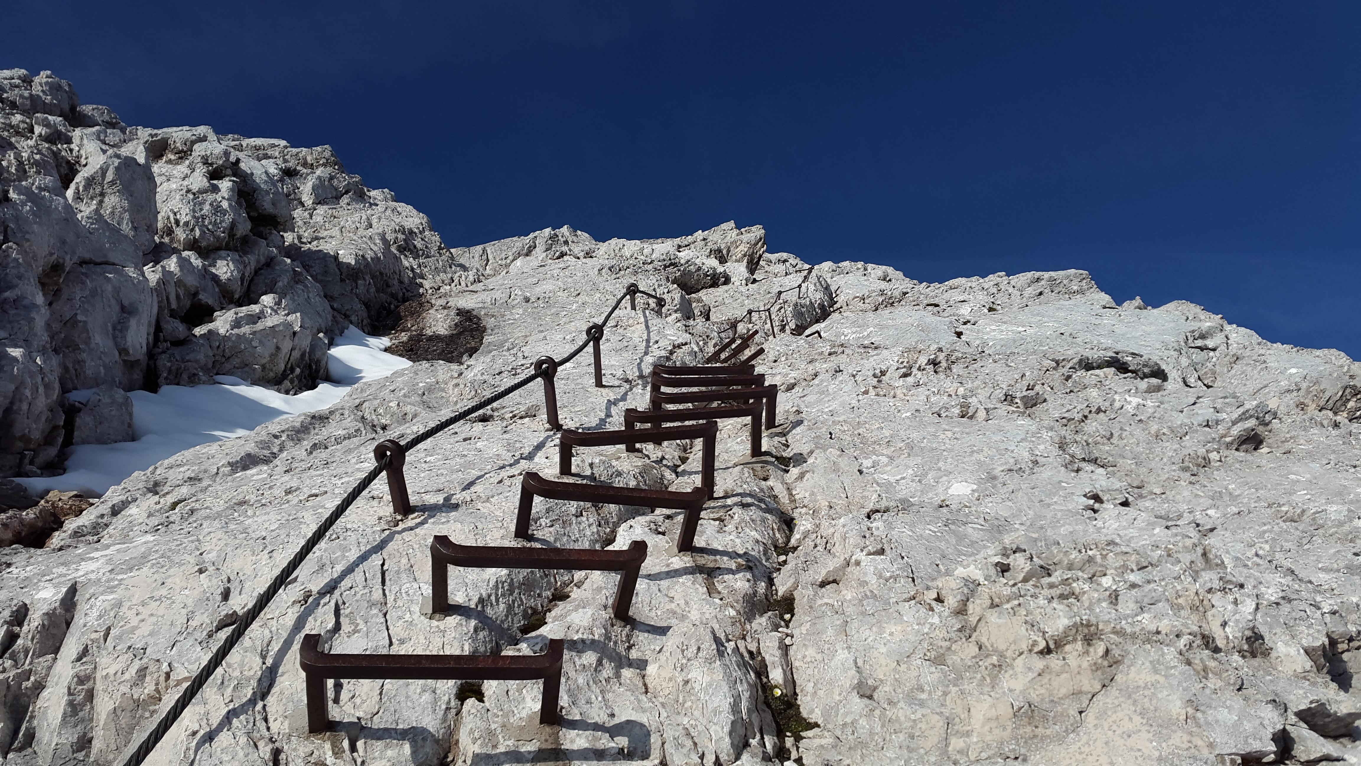 картинки лестницы в гору можете взять
