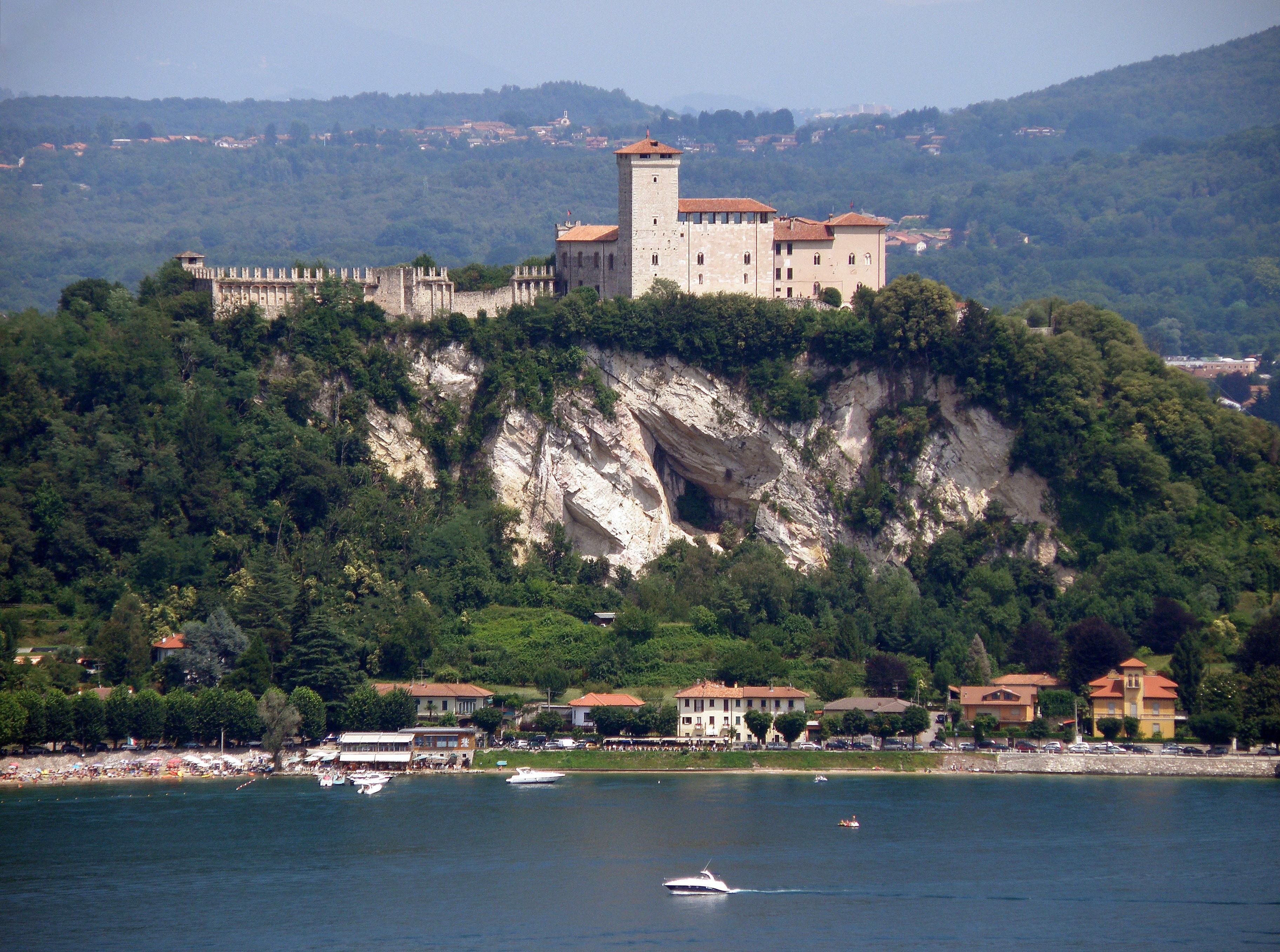 Varese Italien kostenlose foto landschaft meer küste berg hügel stadt