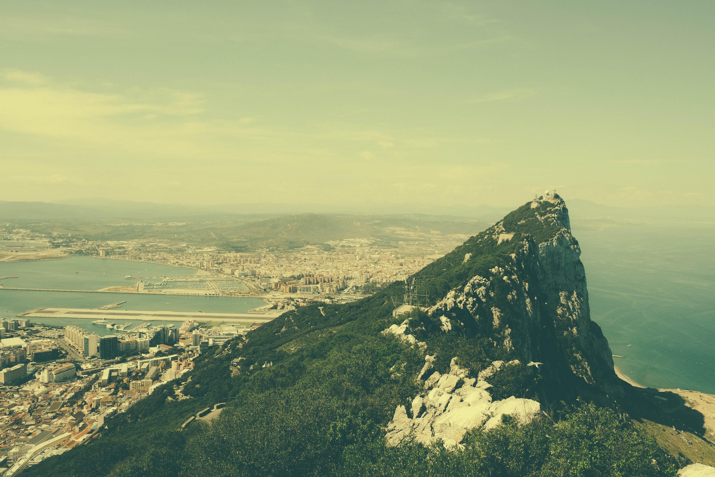 hình ảnh : phong cảnh, Bờ biển, thiên nhiên, Đường chân trời, đám mây, Bầu trời, Ánh sáng mặt trời, buổi sáng, đồi núi, Bình minh, dãy núi, Vách đá, ...