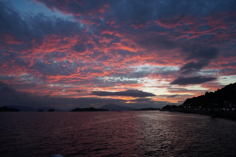 61 Koleksi Gambar Pemandangan Laut Pada Malam Hari HD Terbaik