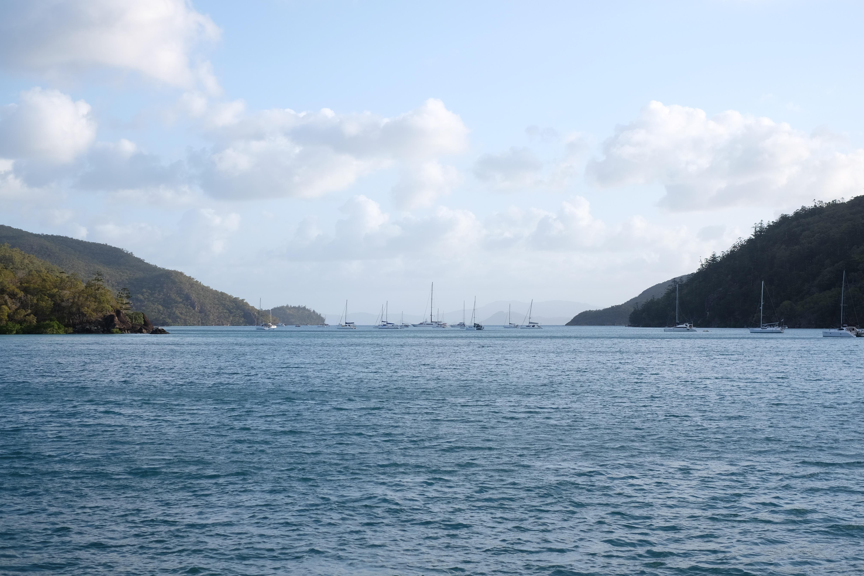 картинки корабль яхта море природа горы