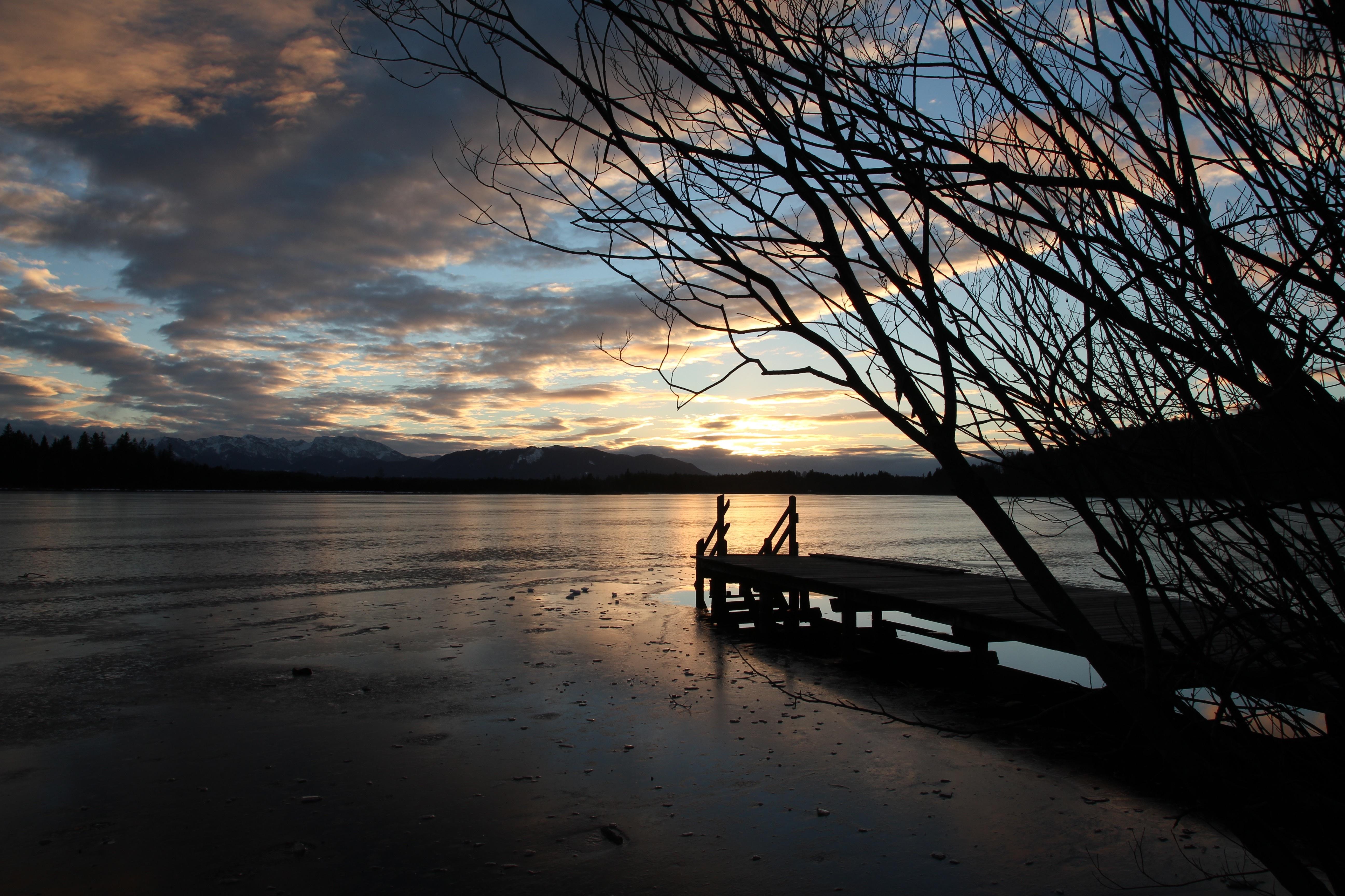 рассвет озеро причал  № 2738638 загрузить