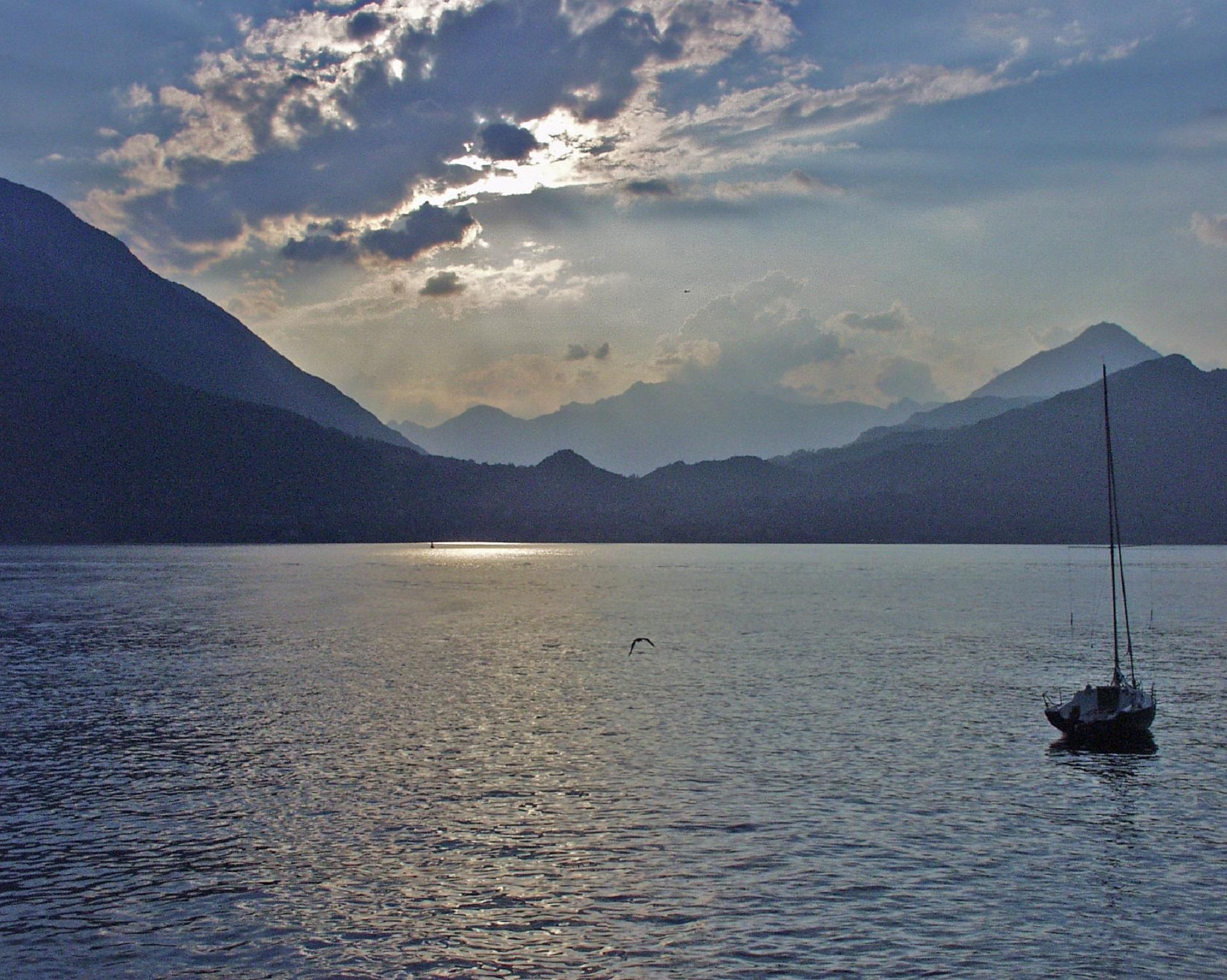 солнце в горах озеро яхты картинки персоналу без претензий