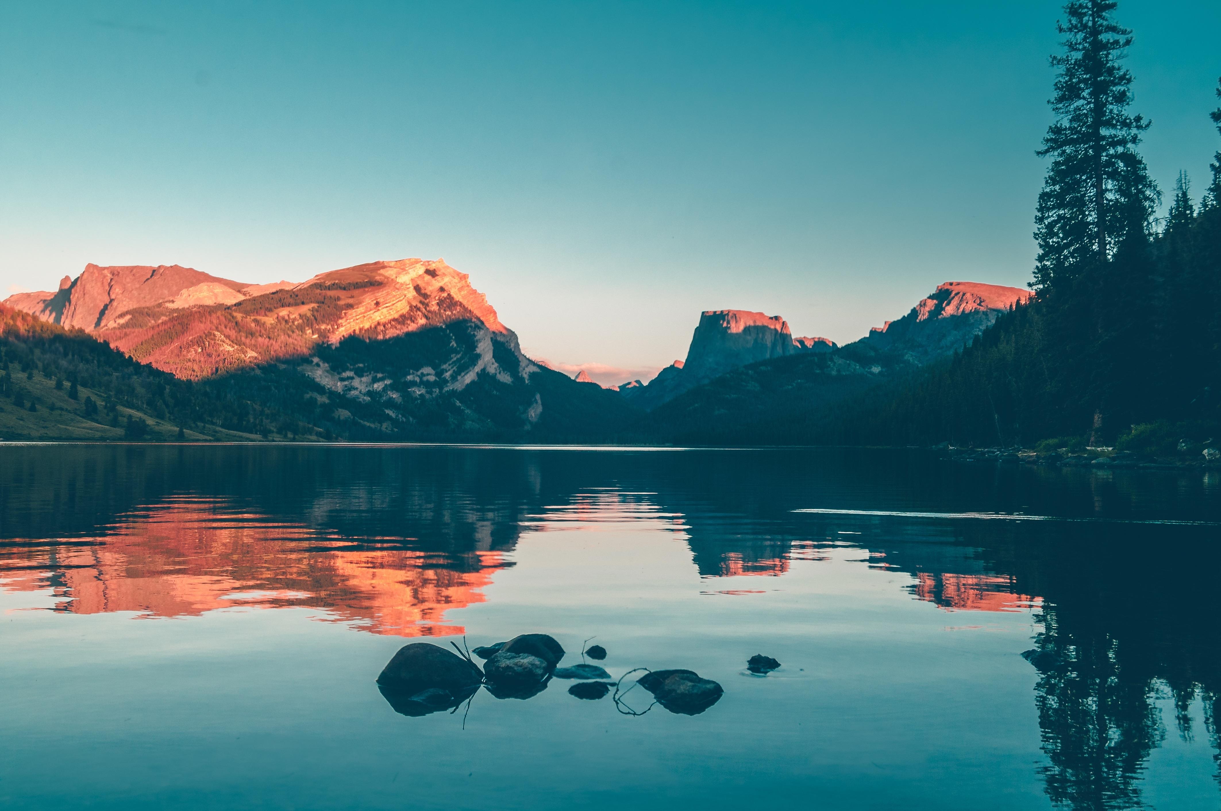 55+ Gambar Pemandangan Gunung Dan Lautan Terbaik