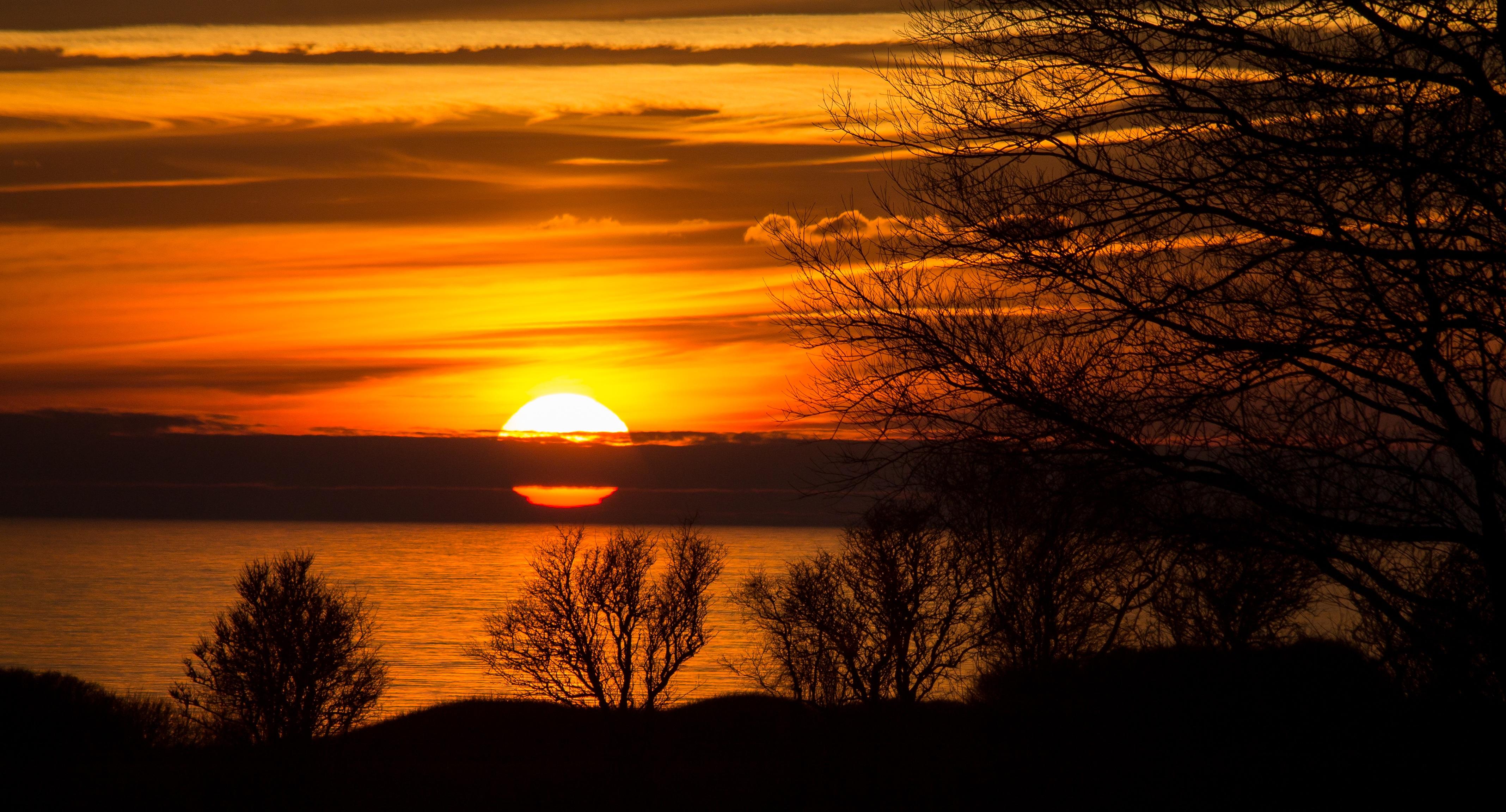 Солнце вечером картинки