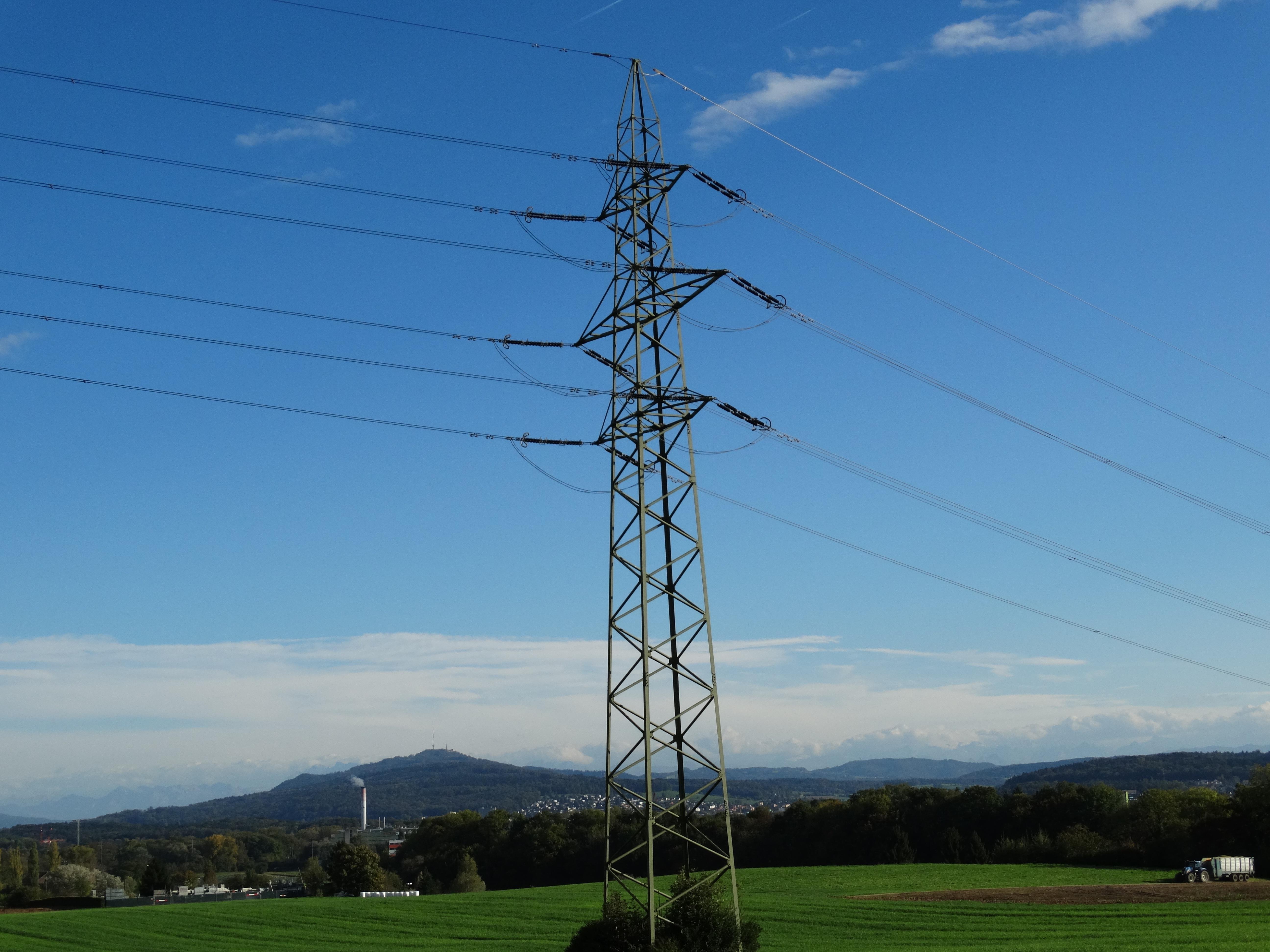 Fotos gratis : paisaje, cielo, tecnología, viento, cable, línea ...