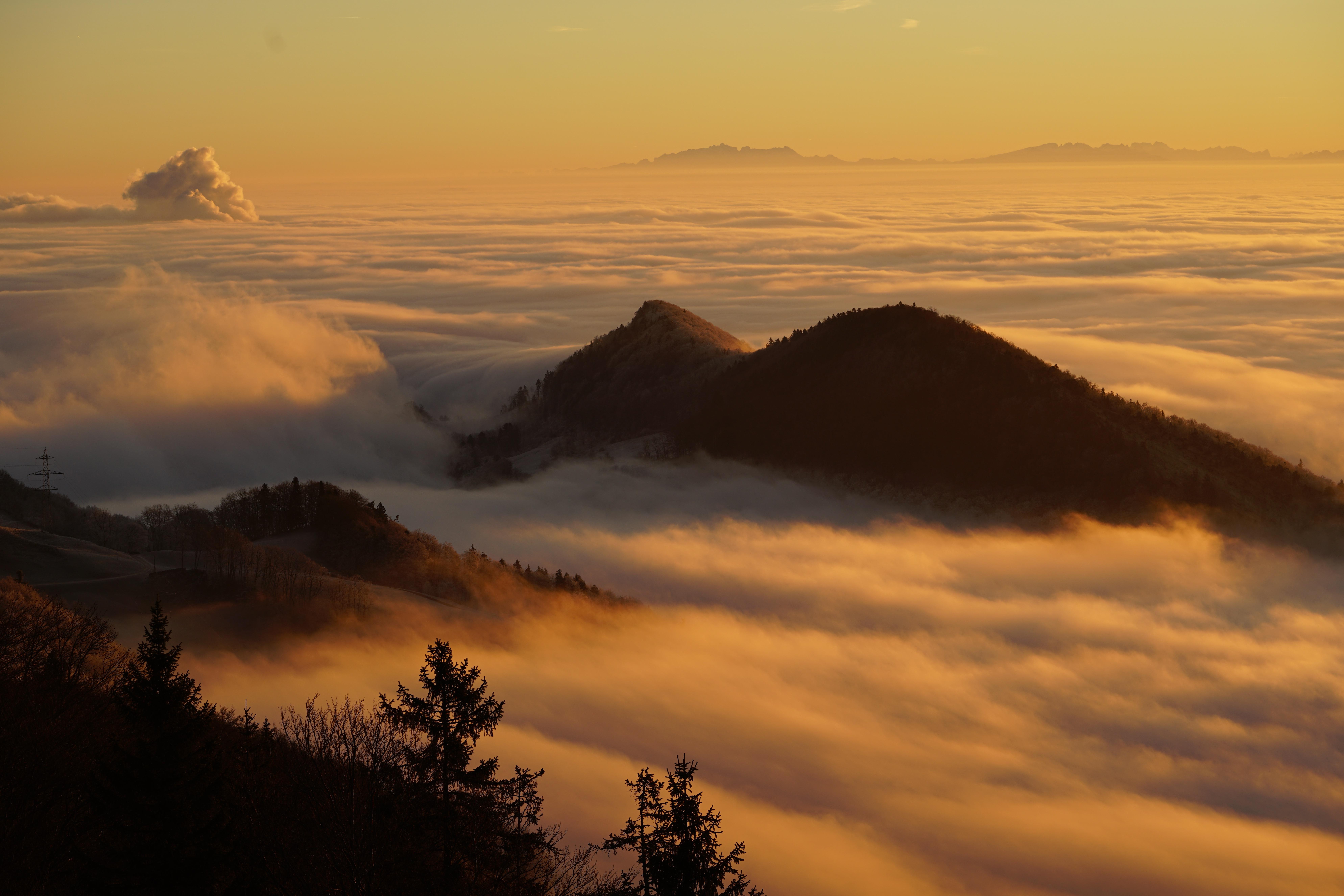 Туман над горами картинки