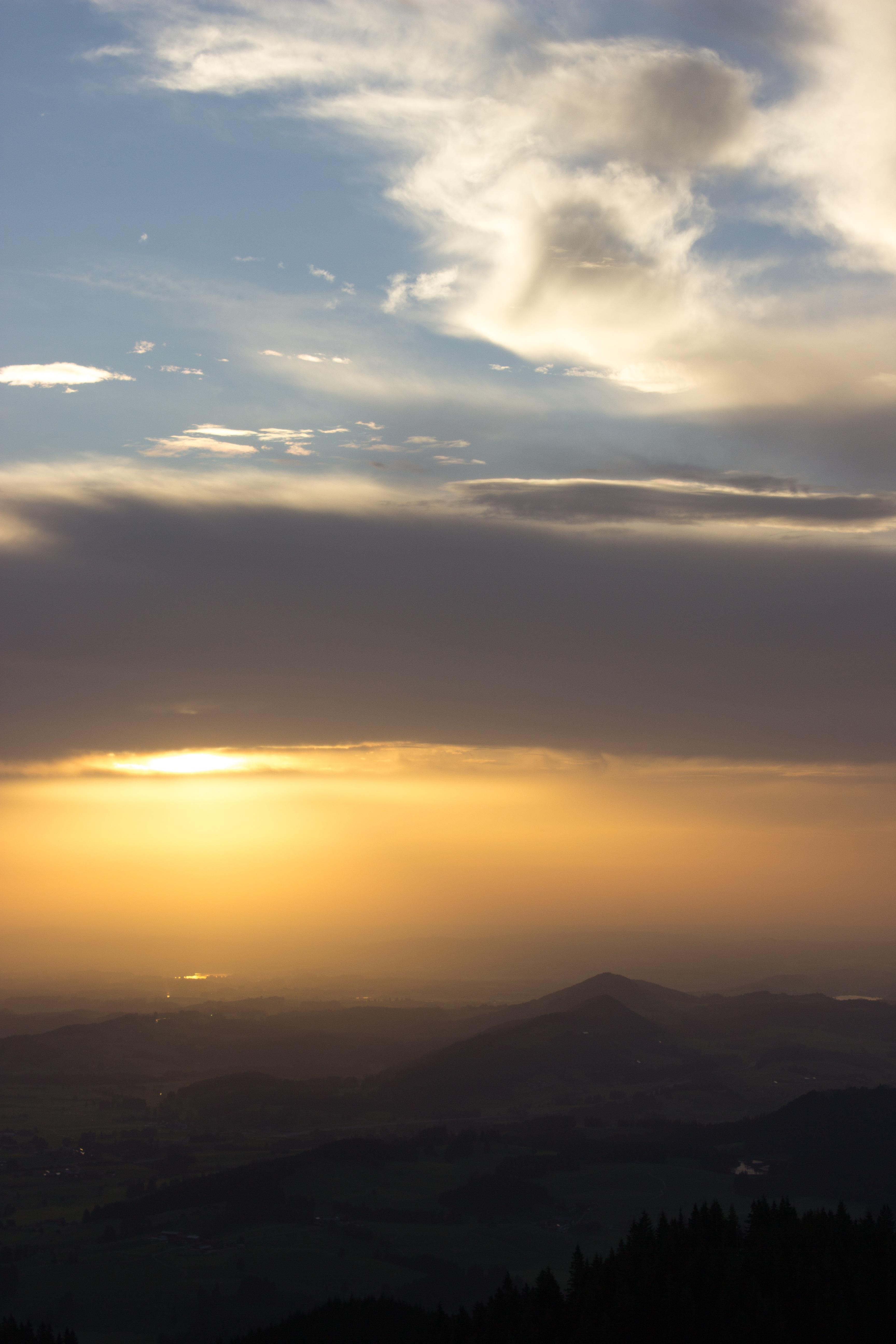 Gambar : pemandangan, pohon, alam, horison, gunung, cahaya