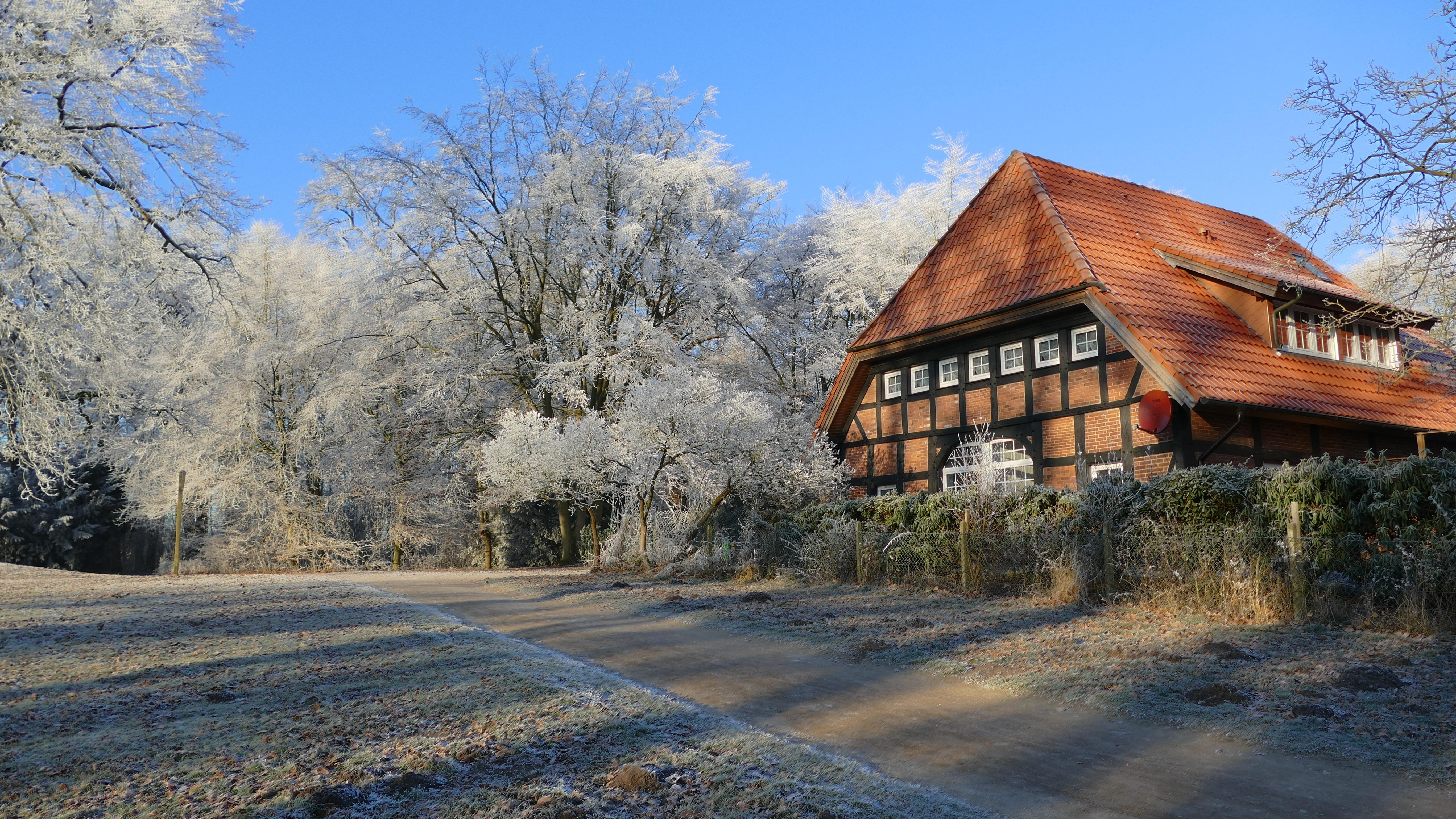 Fotos gratis paisaje rbol naturaleza casa granero oto o temporada inmuebles bosque - Casa rural la granja ...