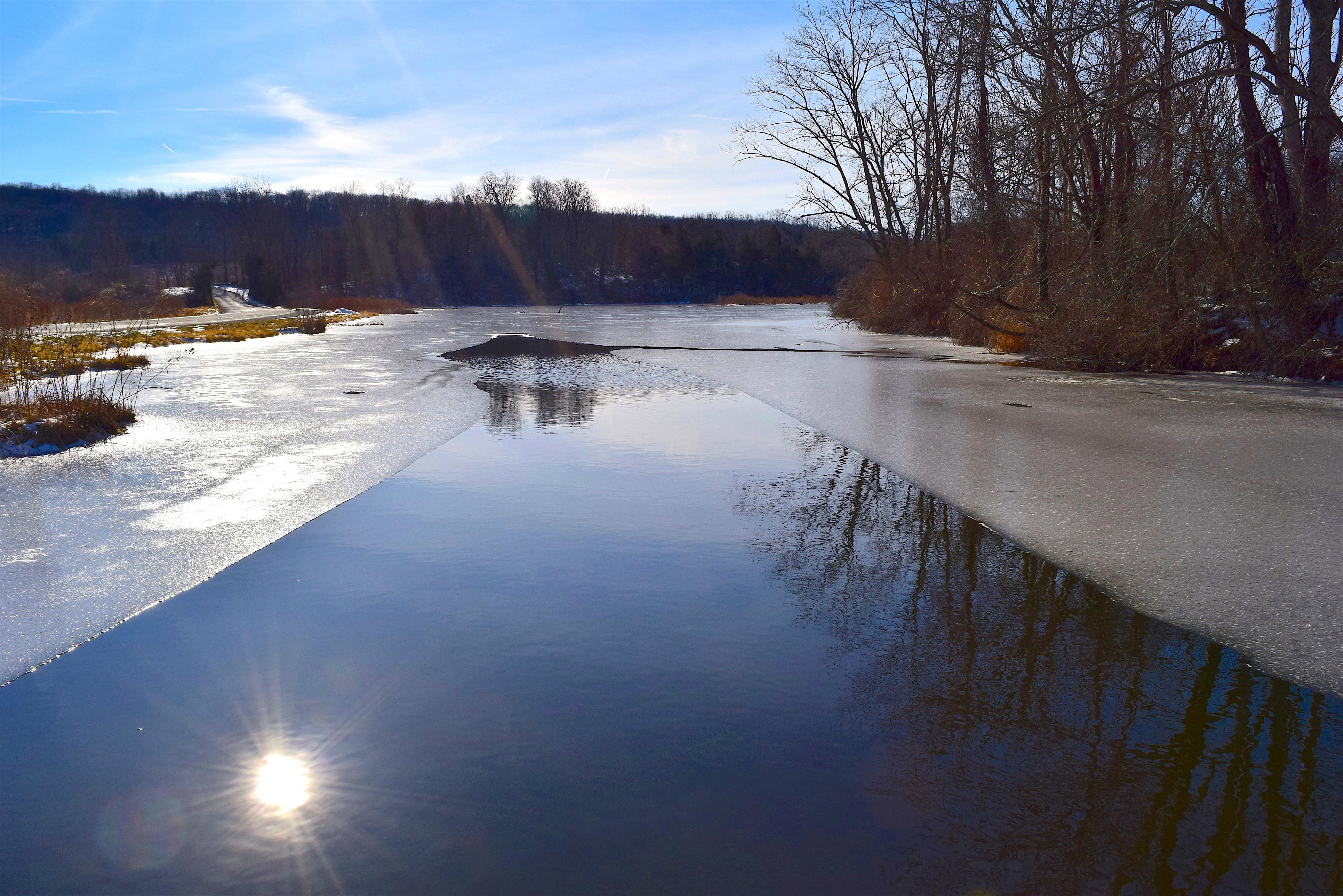 Лед на пруду картинки