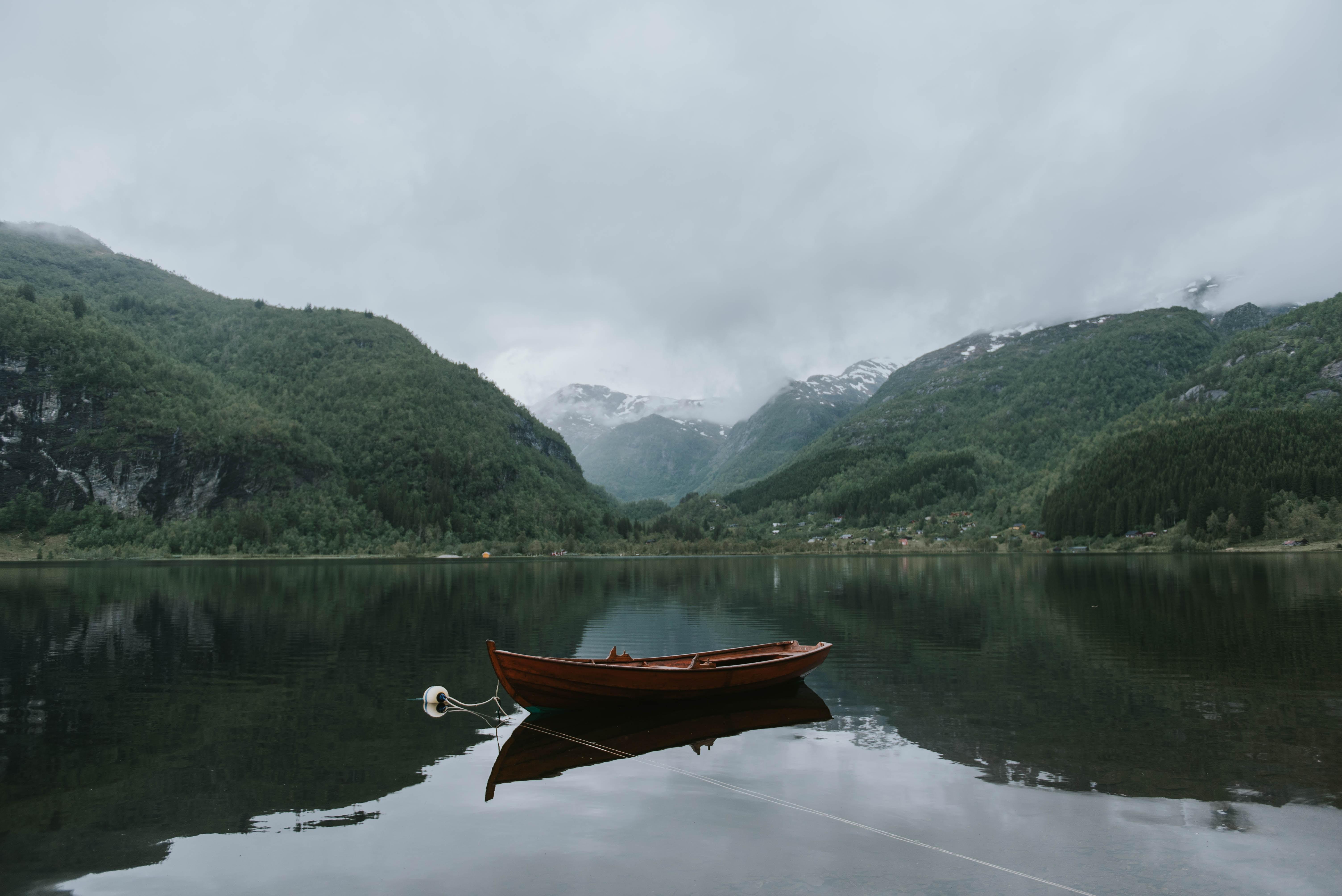 Скачать звуки озеро