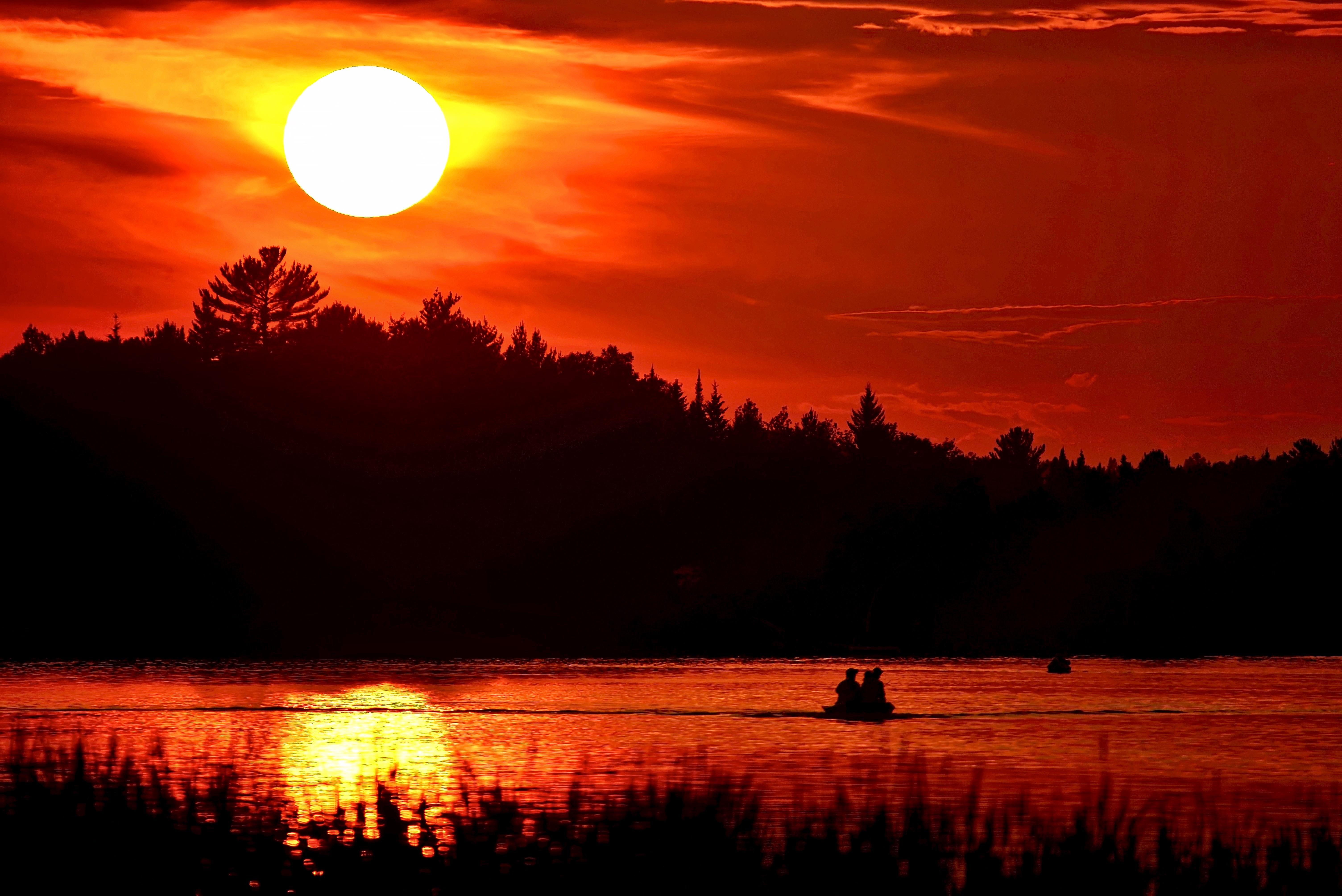 самые красивые картинки с закатом солнца причина