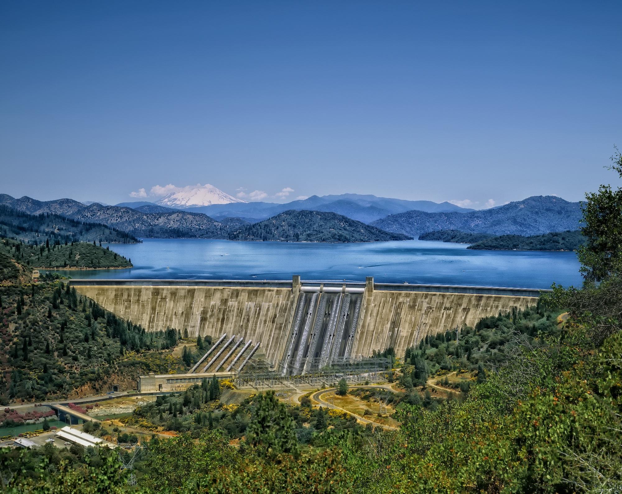 Fotos gratis paisaje agua naturaleza bosque monta a for Cabina lago north carolina