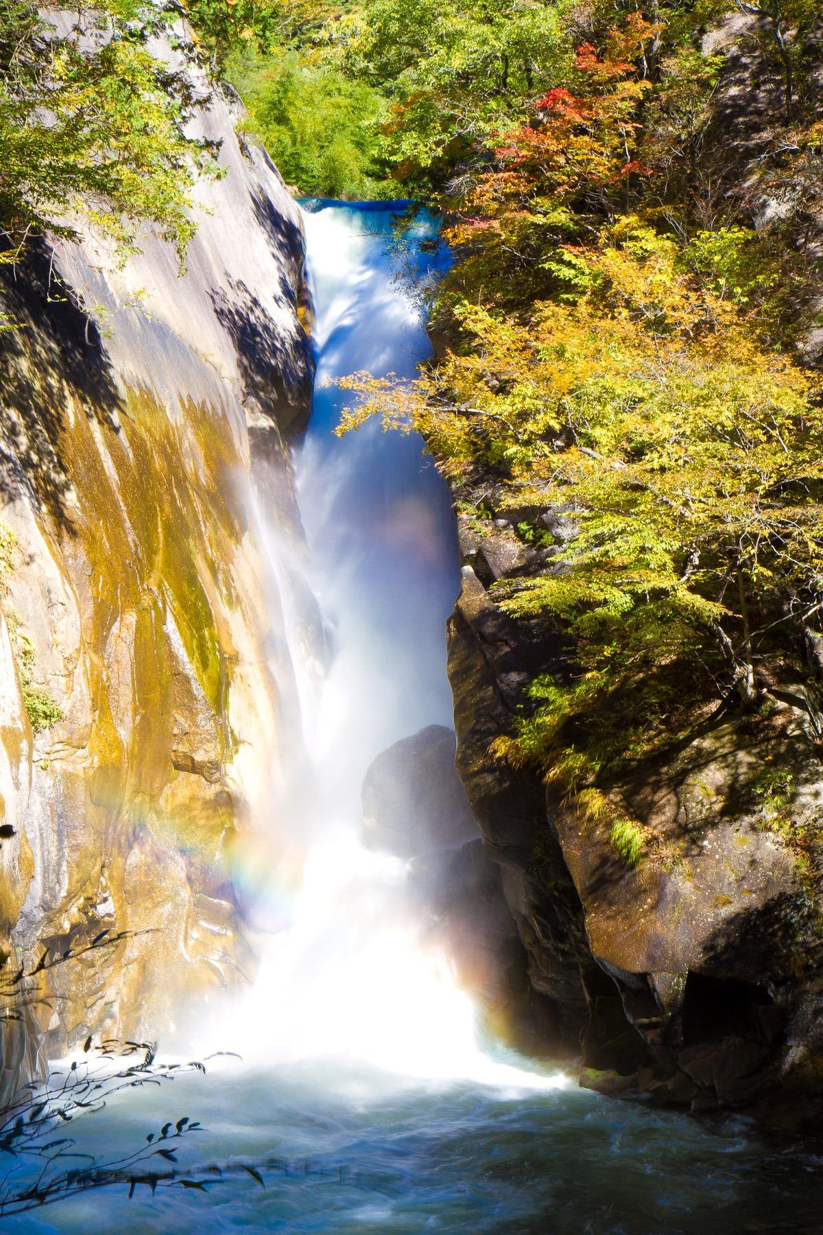 Gambar Pemandangan Alam Hutan Batu Air Terjun Pedesaan Jatuh