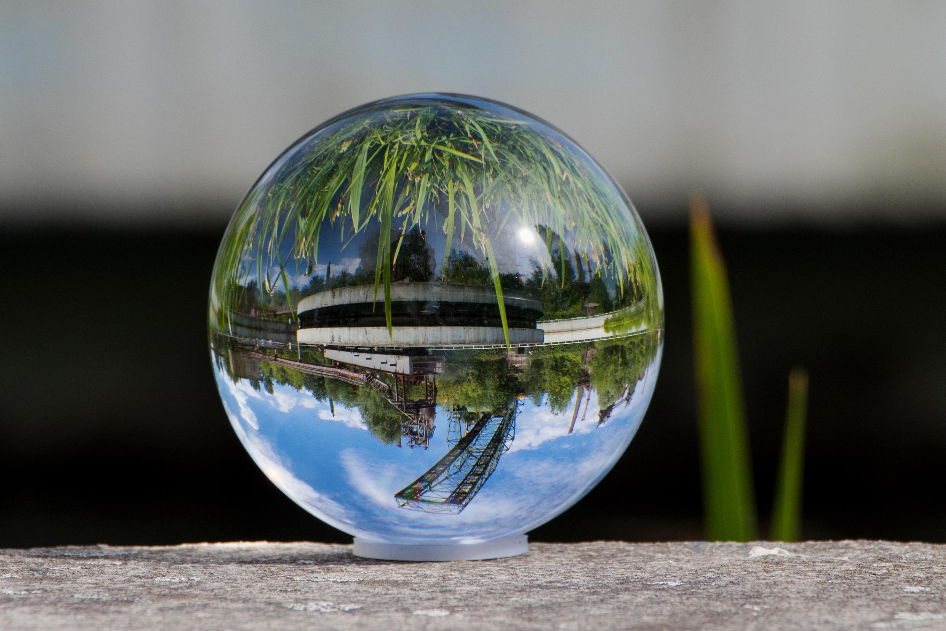 Wereldbol Met Licht : Gratis afbeeldingen landschap water natuur licht glas groen