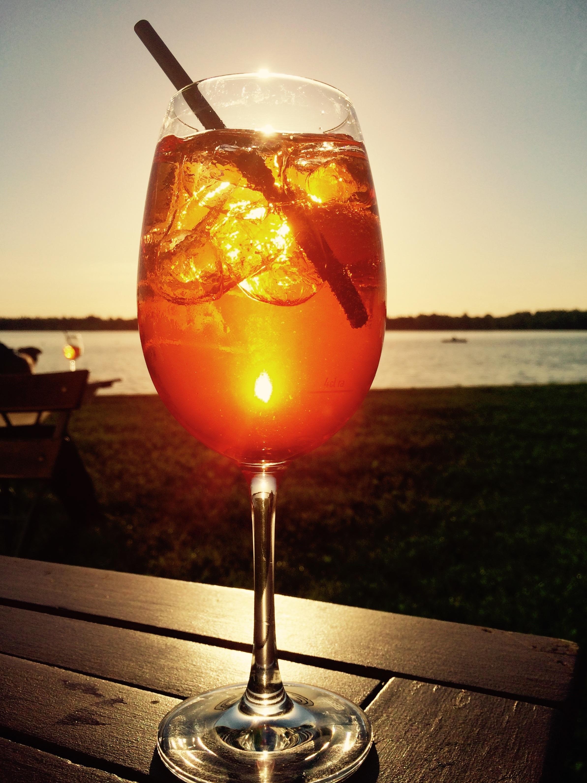Auringonlasku Drinkki