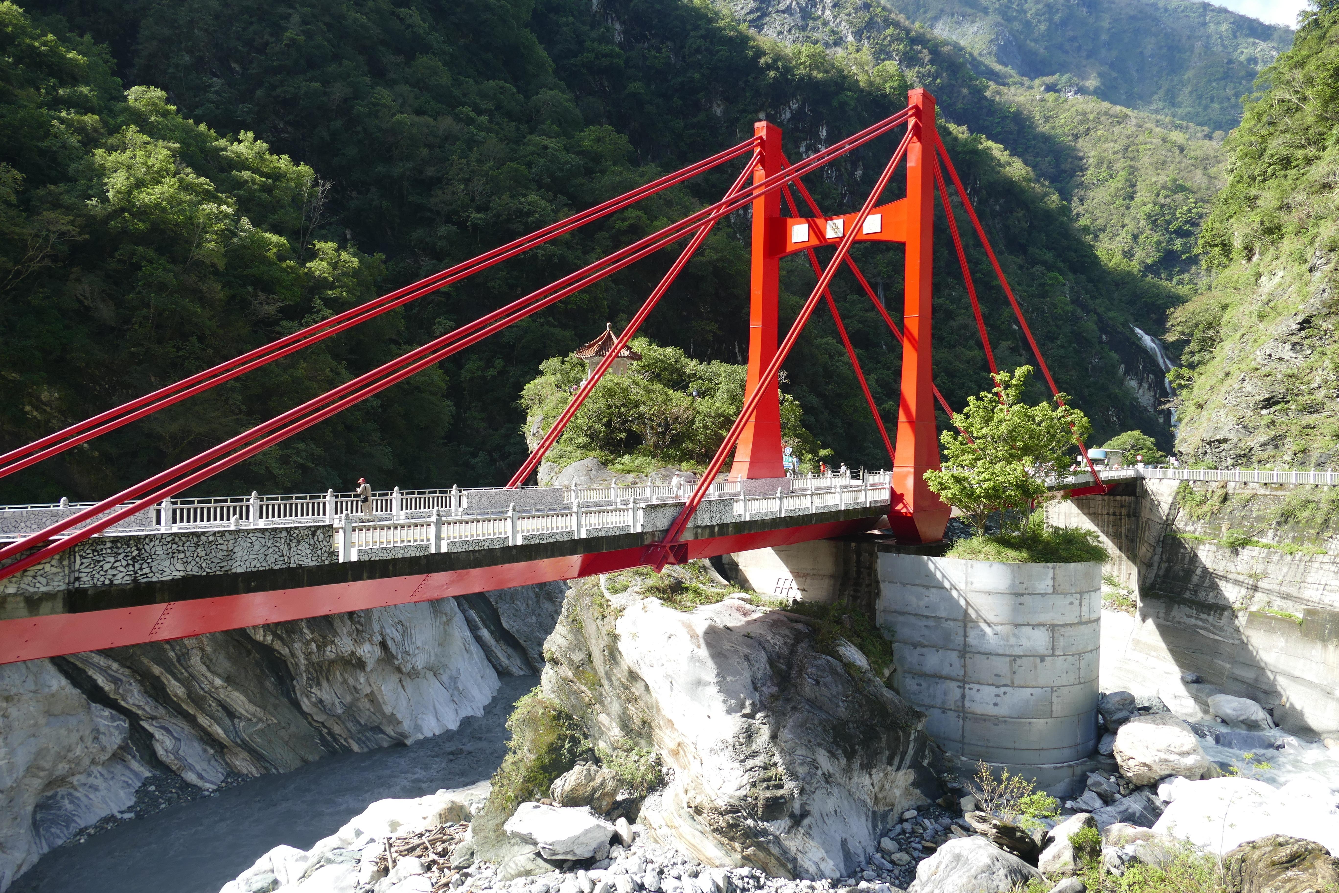Картинки подвесных мостов