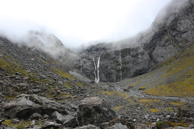 Walking up the mountain - 2 5