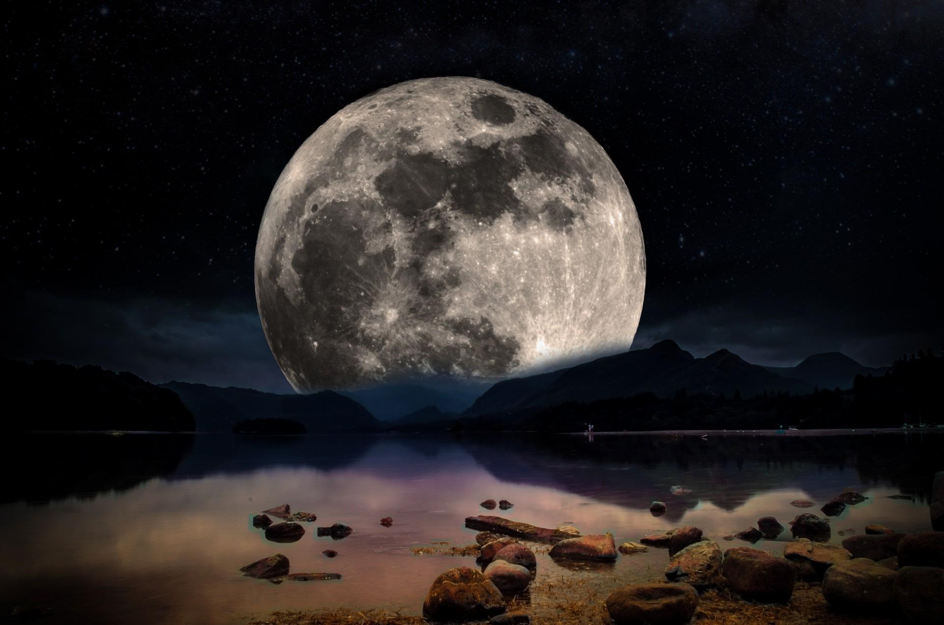 самое красивое картинка луны выбирают свой путь
