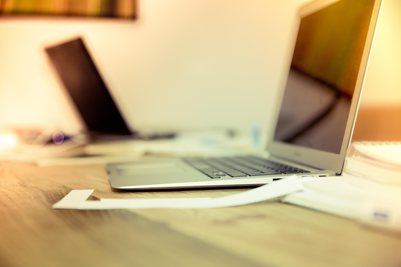 Картинка рабочего стола с компьютером
