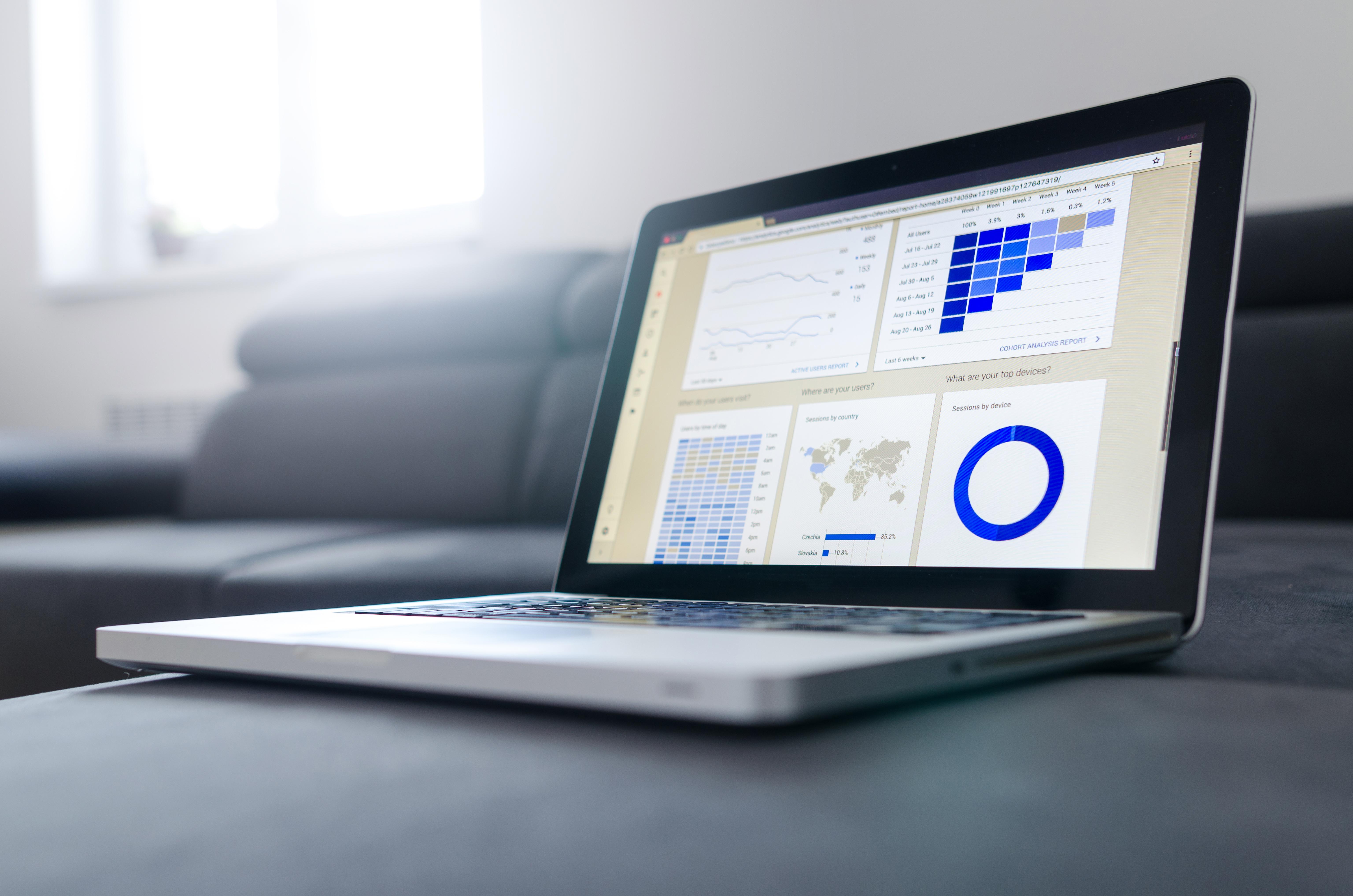 Gambar Laptop Teknologi Komunikasi Alat Merek Multimedia