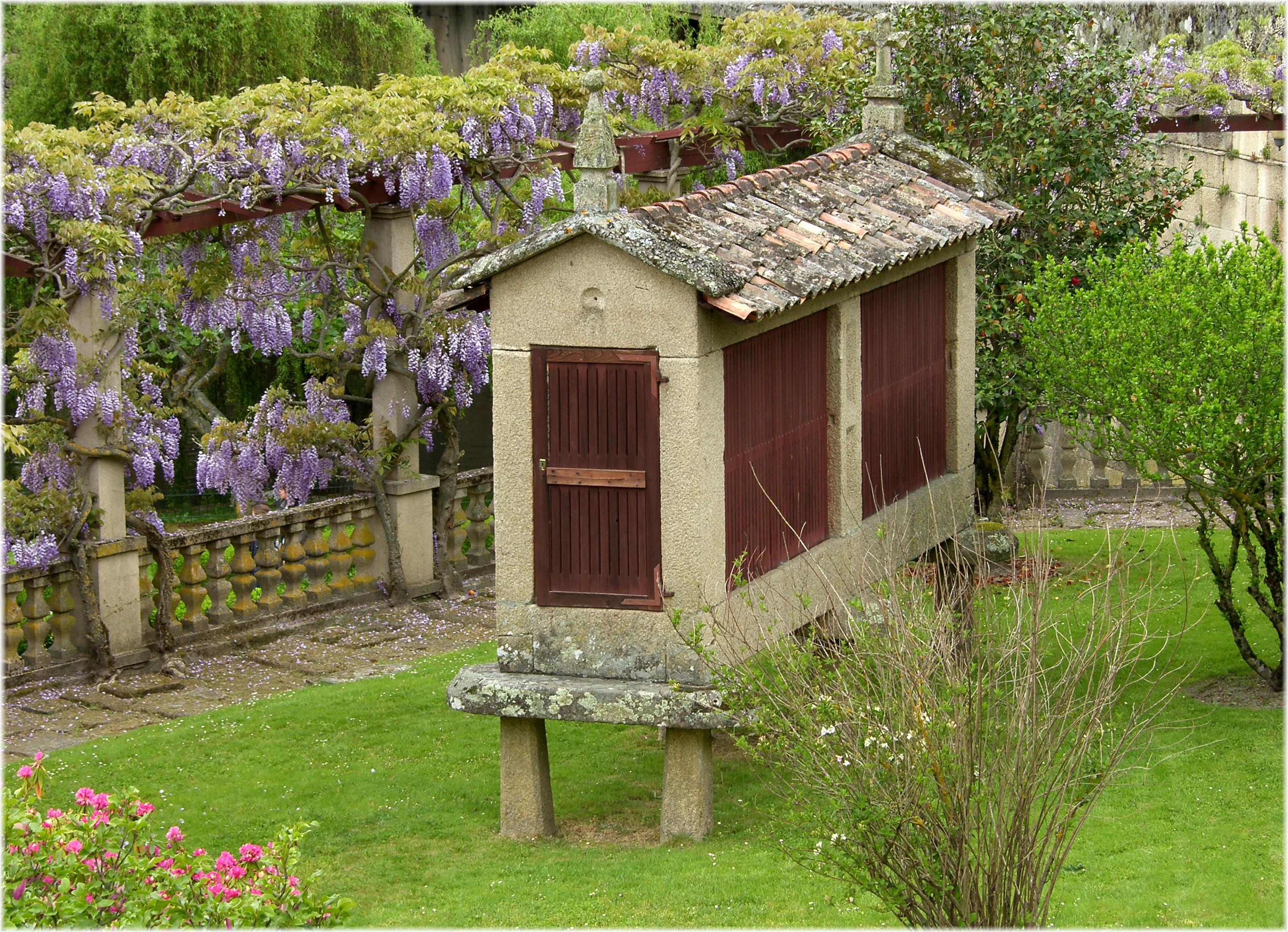 Casas piedra galicia antigua casa de campo en galicia - Casas de piedra galicia ...