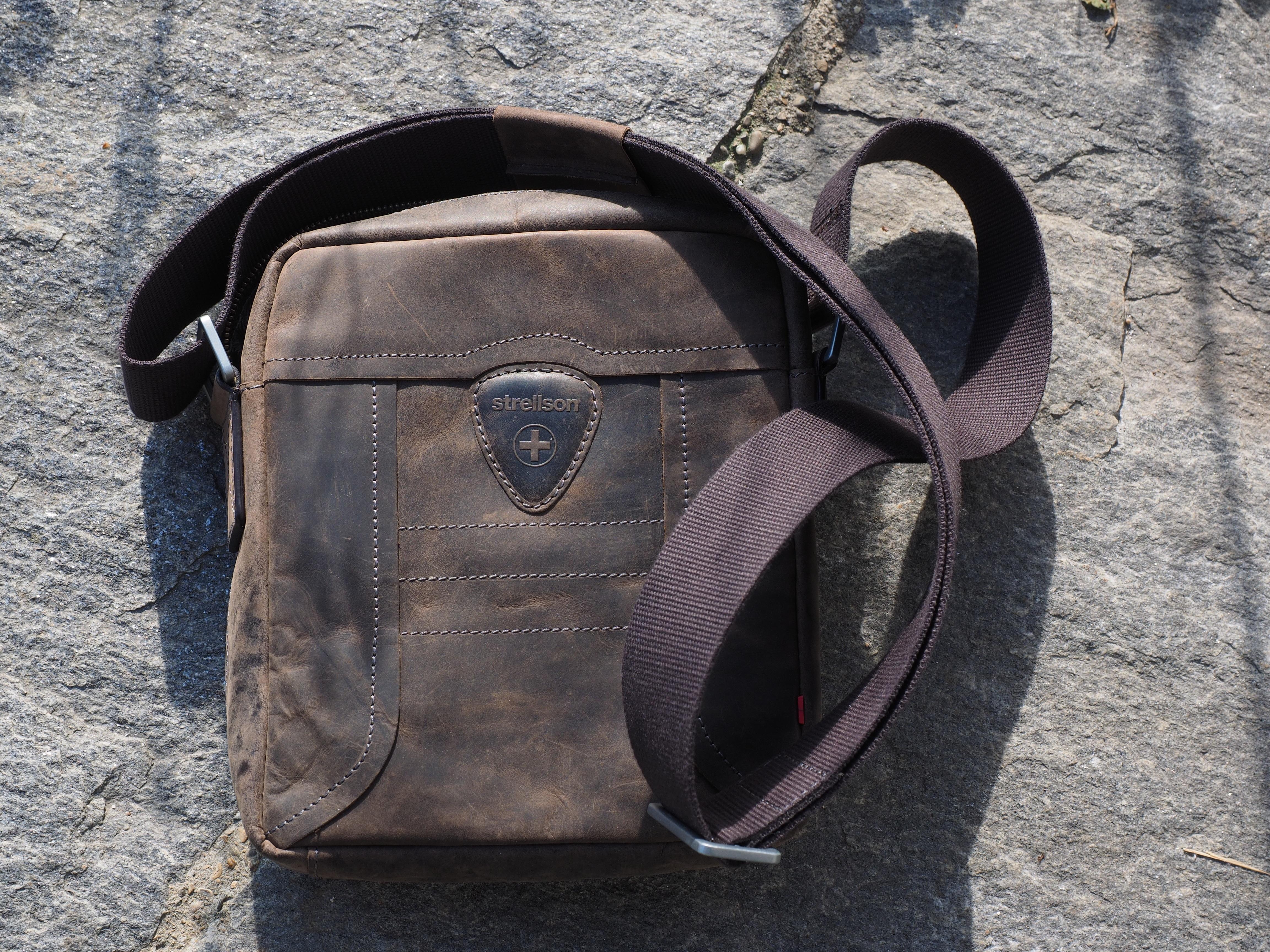 kulit tas tas tangan kekang produk leather case taktik kuda strellson