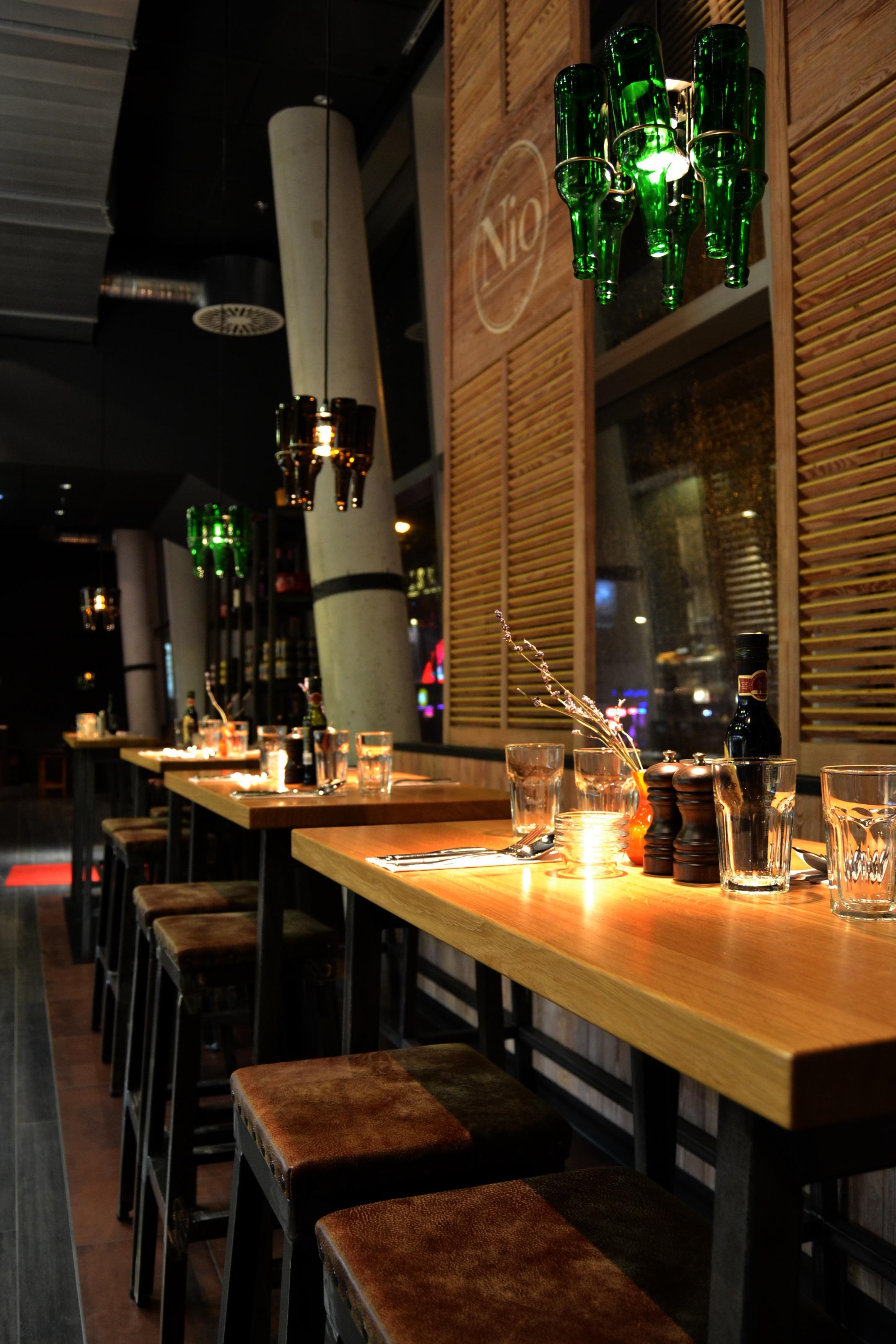 Fotos gratis cuero restaurante comida iluminaci n for Diseno de iluminacion de interiores