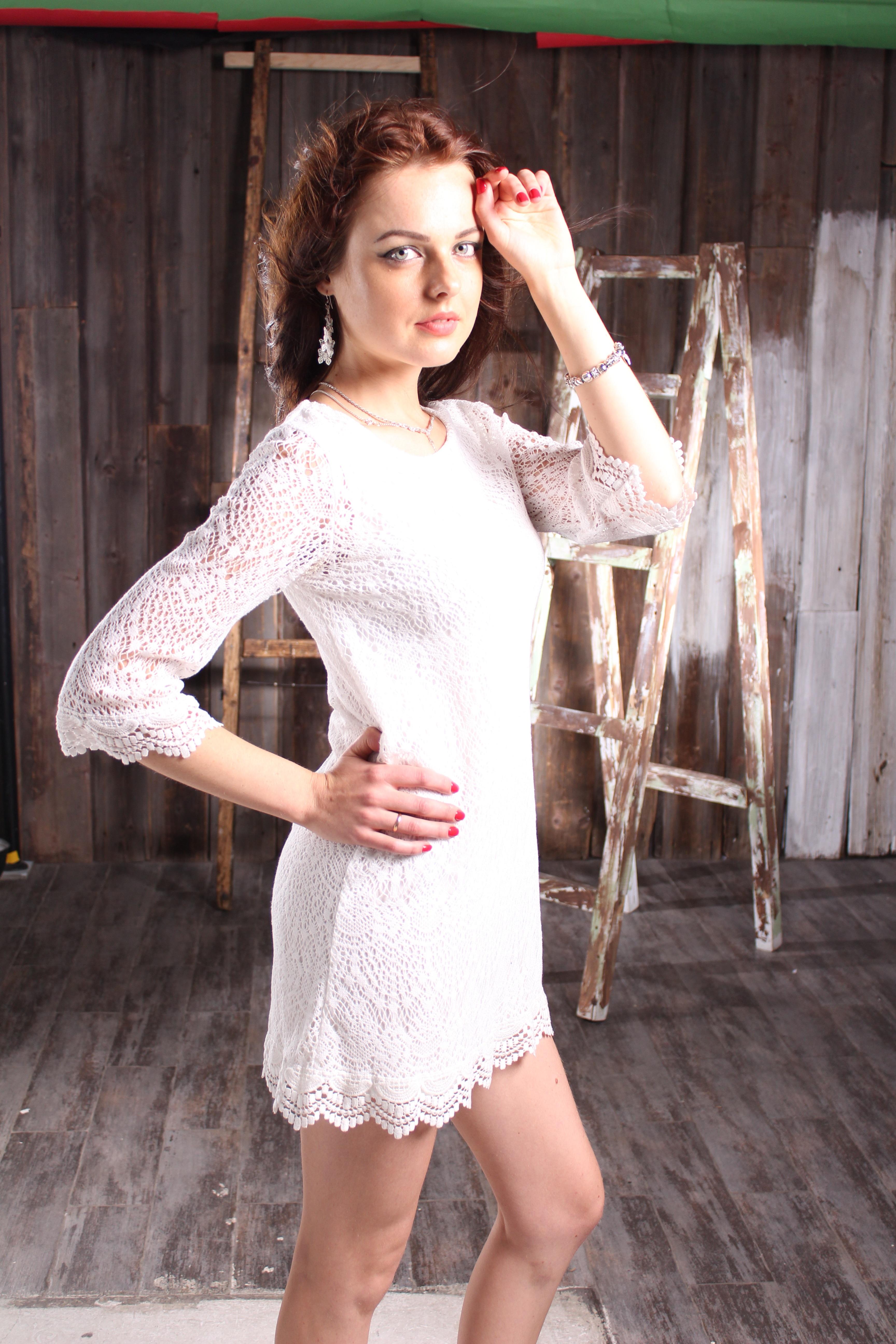 Leg Model Spring Fashion Clothing Wedding Dress Human Body Dress Sexy Photoshoot Gown Beautiful Girl Abdomen